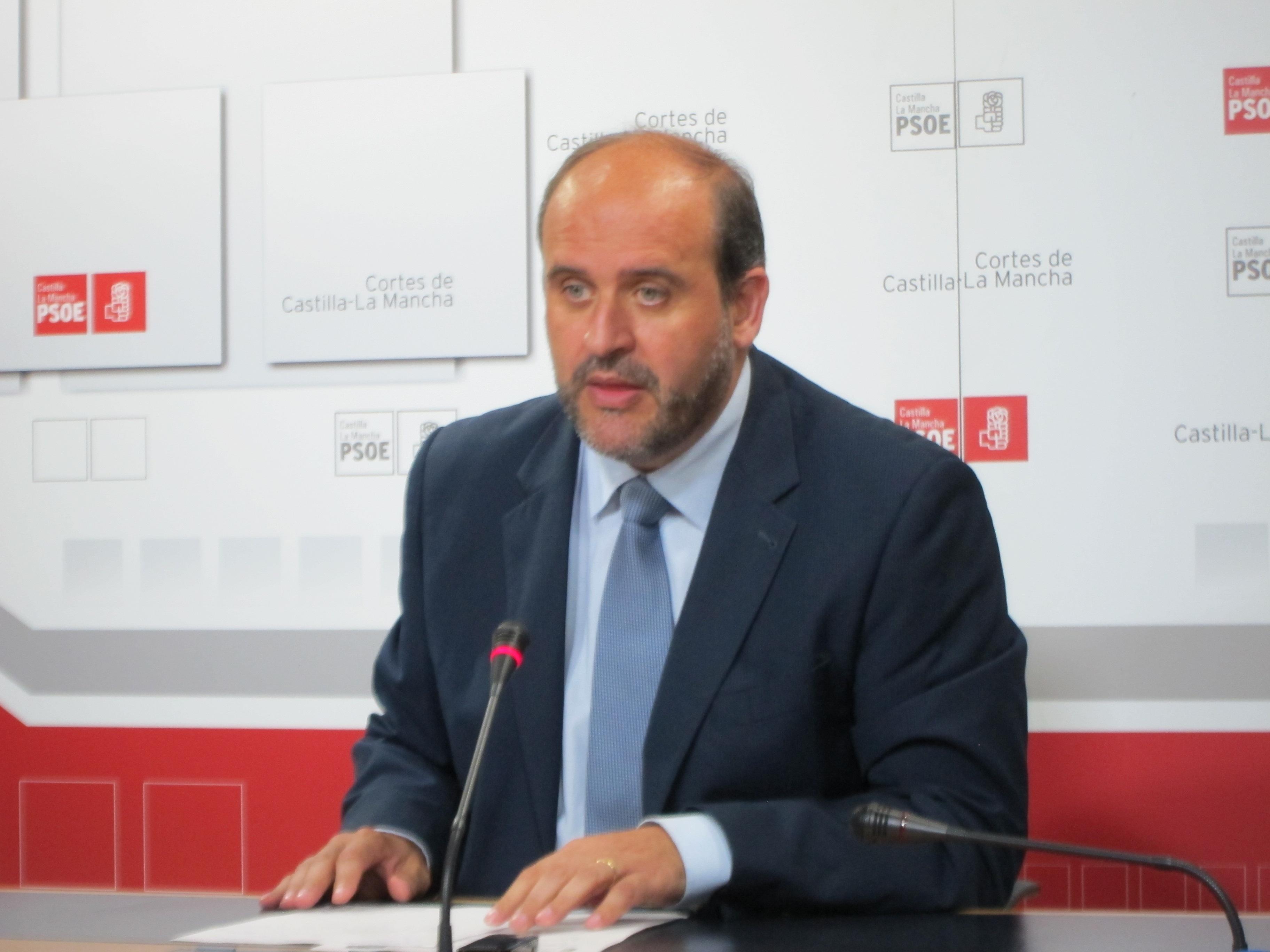 PSOE pedirá a la Junta que utilice «toda» su capacidad normativa para que se bajen impuestos en C-LM como en Extremadura