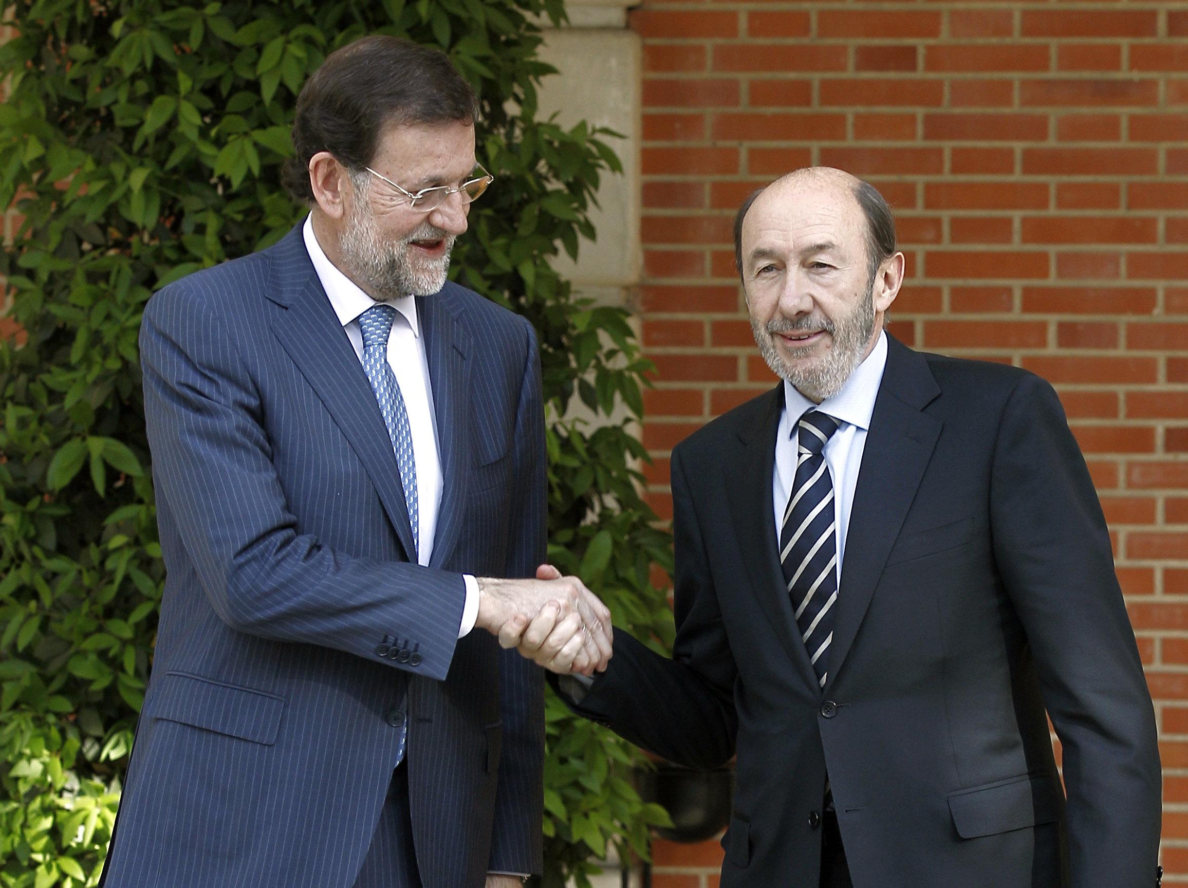 PSOE y PP intentarán hoy sumar a otros grupos a su acuerdo sobre la UE