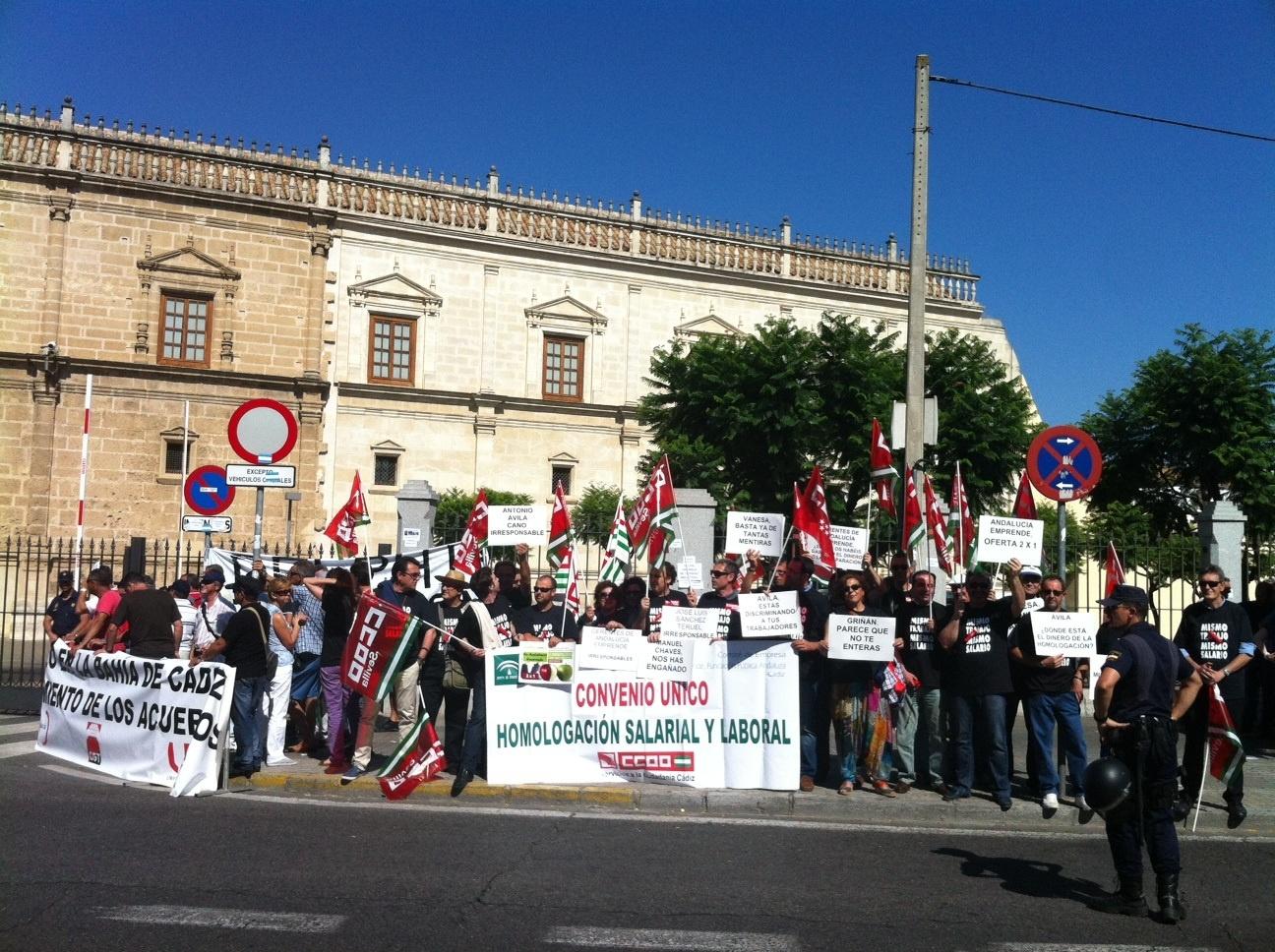 Trabajadores de Andalucía Emprende piden un nuevo convenio colectivo para no mantener «una discriminación laboral»