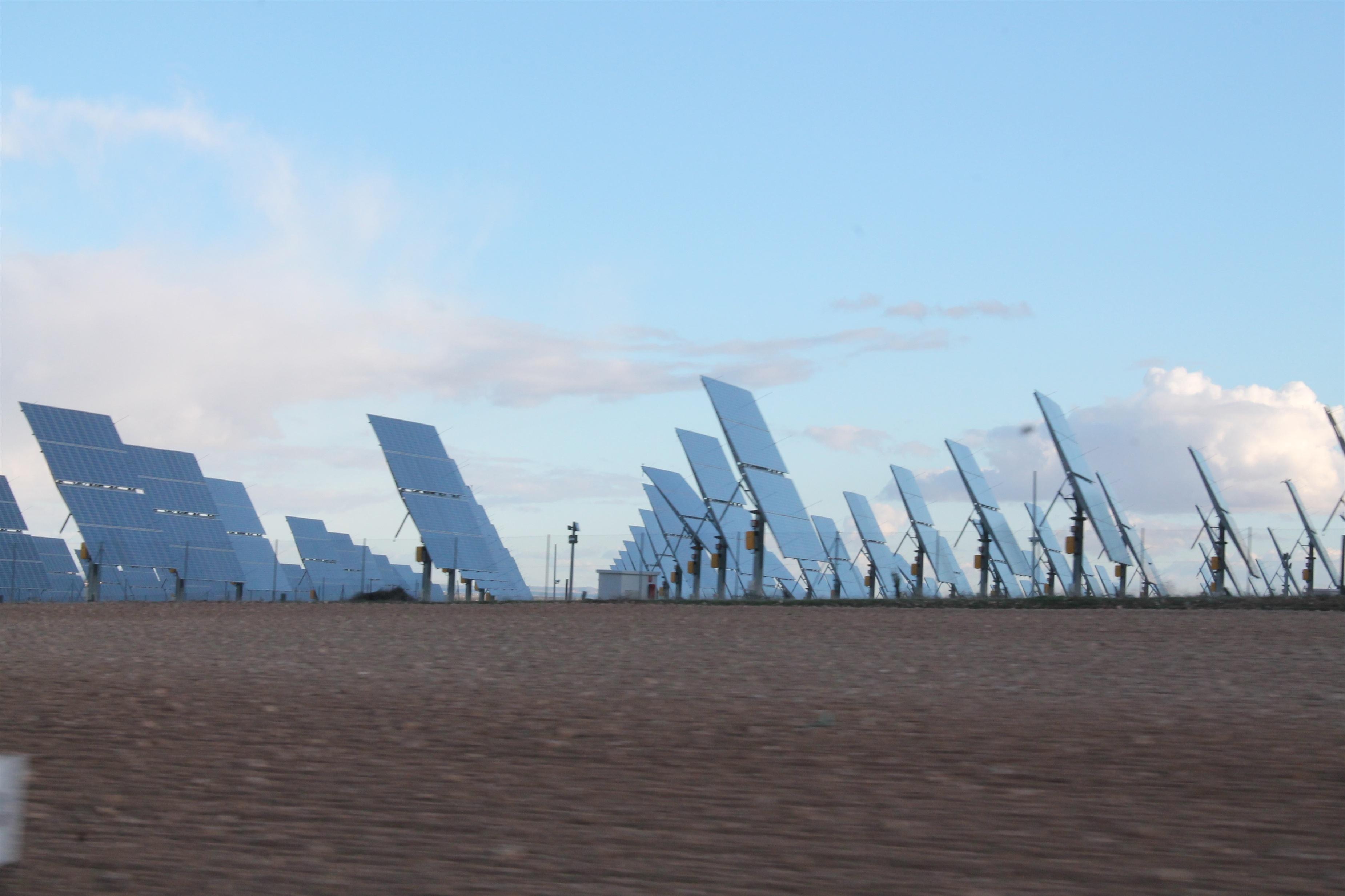 La inversión mundial en renovables cae un 12 por ciento