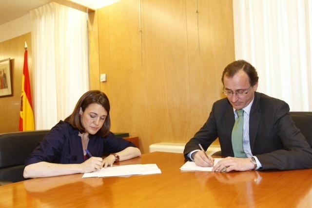 CC y UPN, los primeros en avanzar su apoyo al acuerdo europeo pactado por Rajoy y Rubalcaba