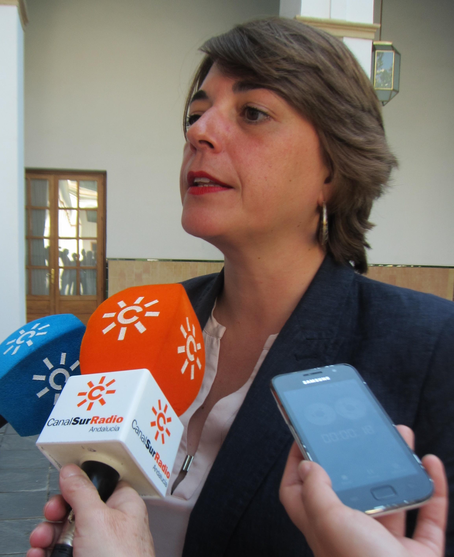 Cortés entrega este martes un premio en Madrid al abogado que llevó su recurso contra desahucios hasta la UE