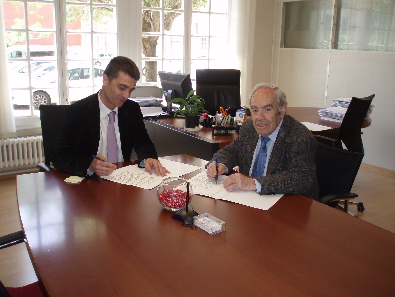 El Gobierno foral apoya con 34.000 euros el reparto gratuito de víveres que realiza el Banco de Alimentos