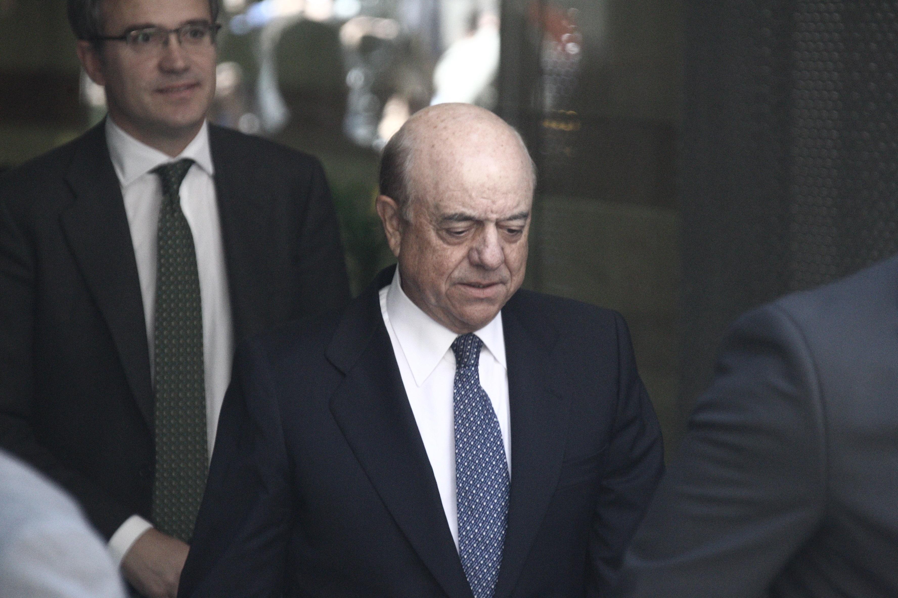 González (BBVA) urge a finalizar la privatización de la banca nacionalizada para que fluya el crédito