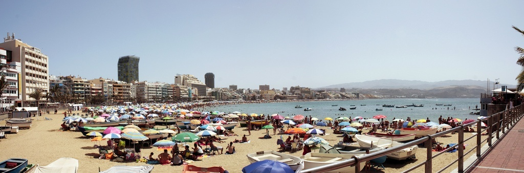 Las Palmas de Gran Canaria celebrará San Juan con fuegos artificiales y conciertos en Las Canteras