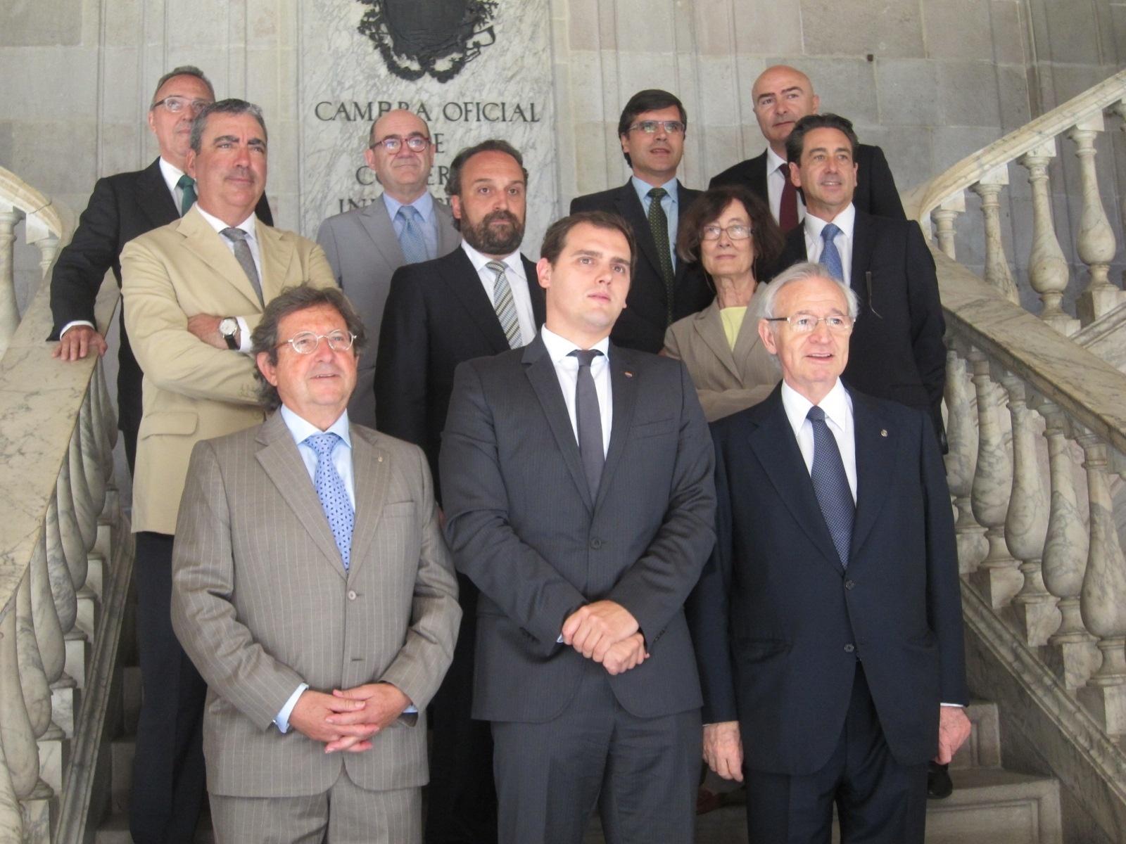 Rivera defiende que el debate independentista lastra las inversiones