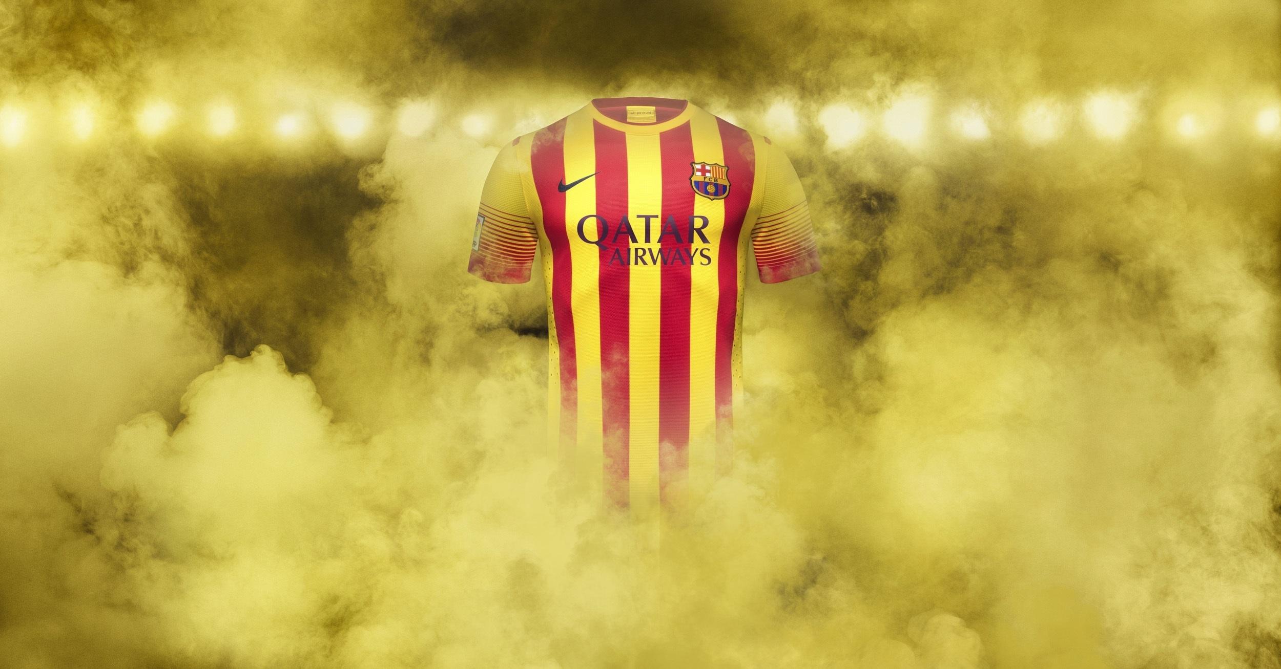 La camiseta de la Senyera del Barça, disponible desde este miércoles 19 desde las 23 horas en el Camp Nou