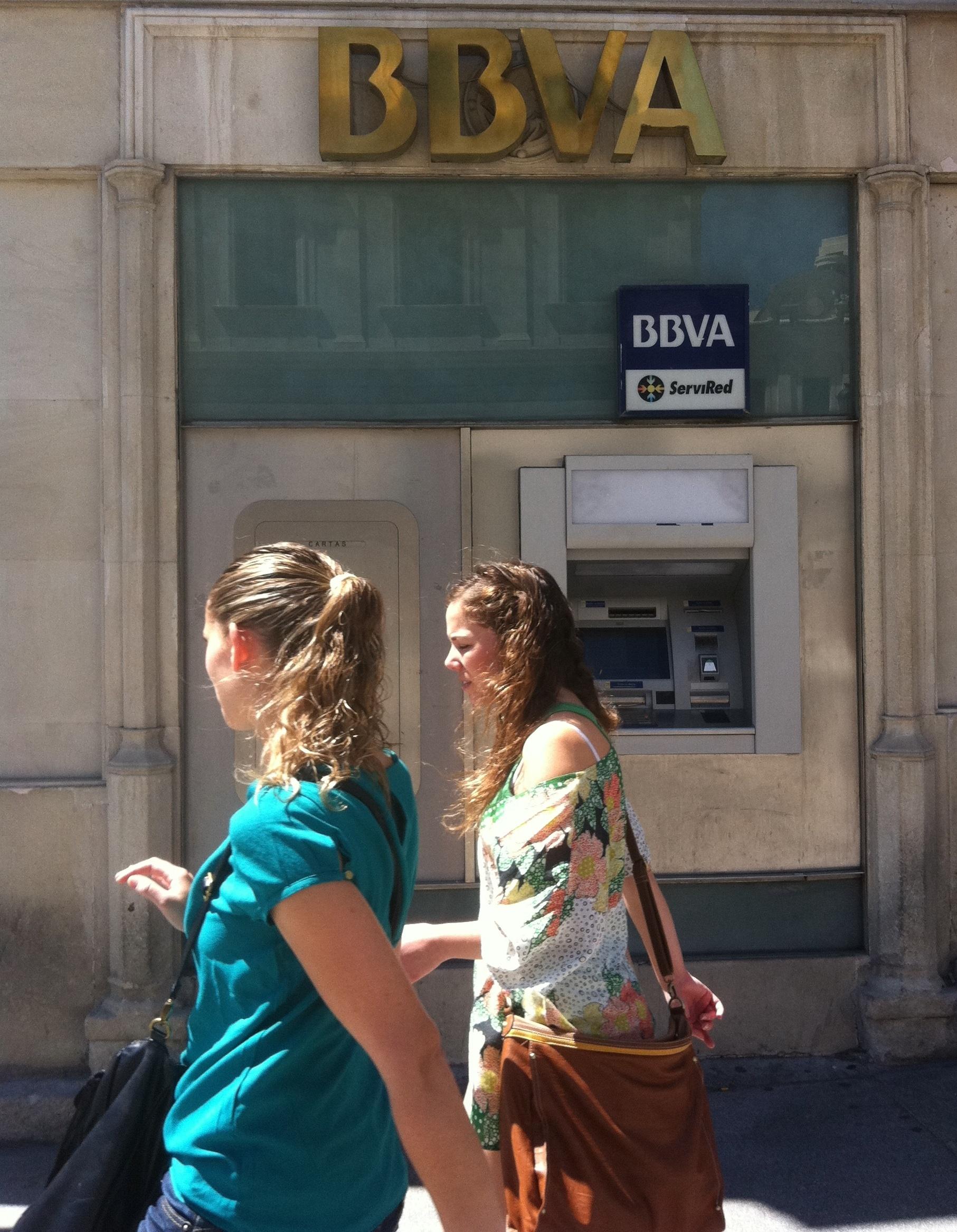 Unnim se da de baja en el Registro de bancos y banqueros tras la fusión con BBVA