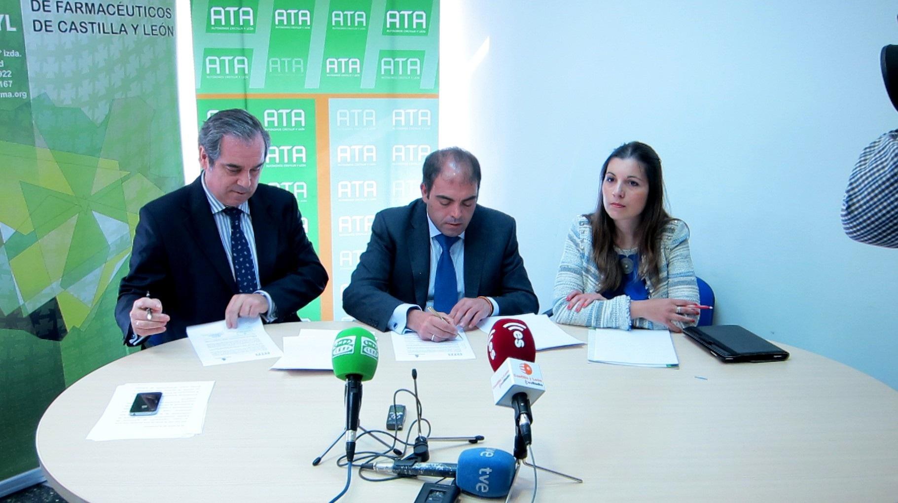ATA y farmacéuticos firman un convenio de colaboración para impulsar la actividad empresarial sanitaria