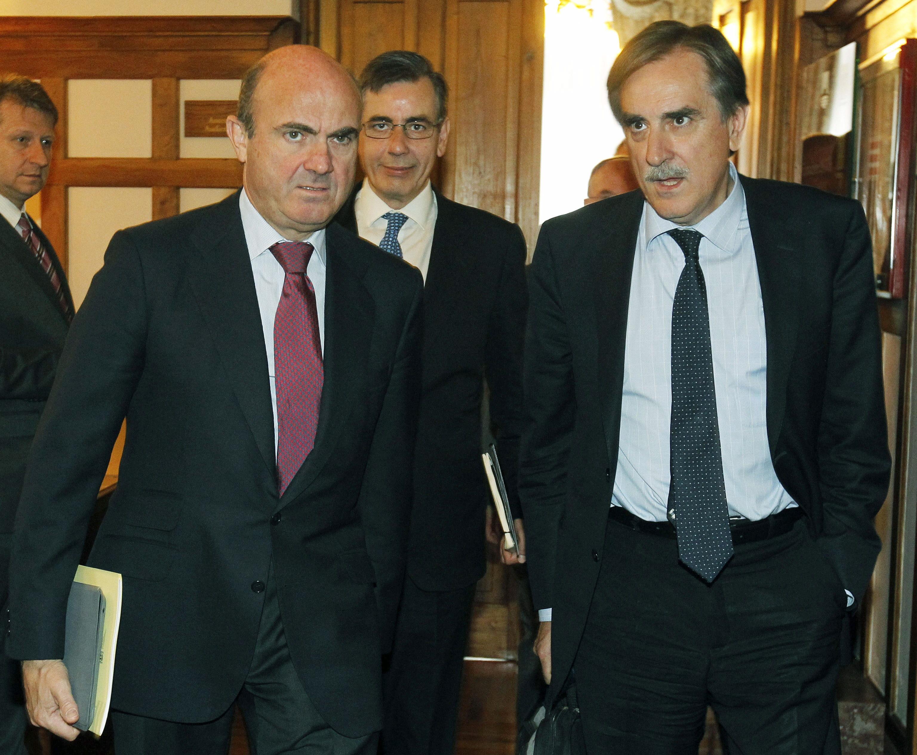 De Guindos anuncia que las nacionalizadas han prestado más de 11.000 millones de euros