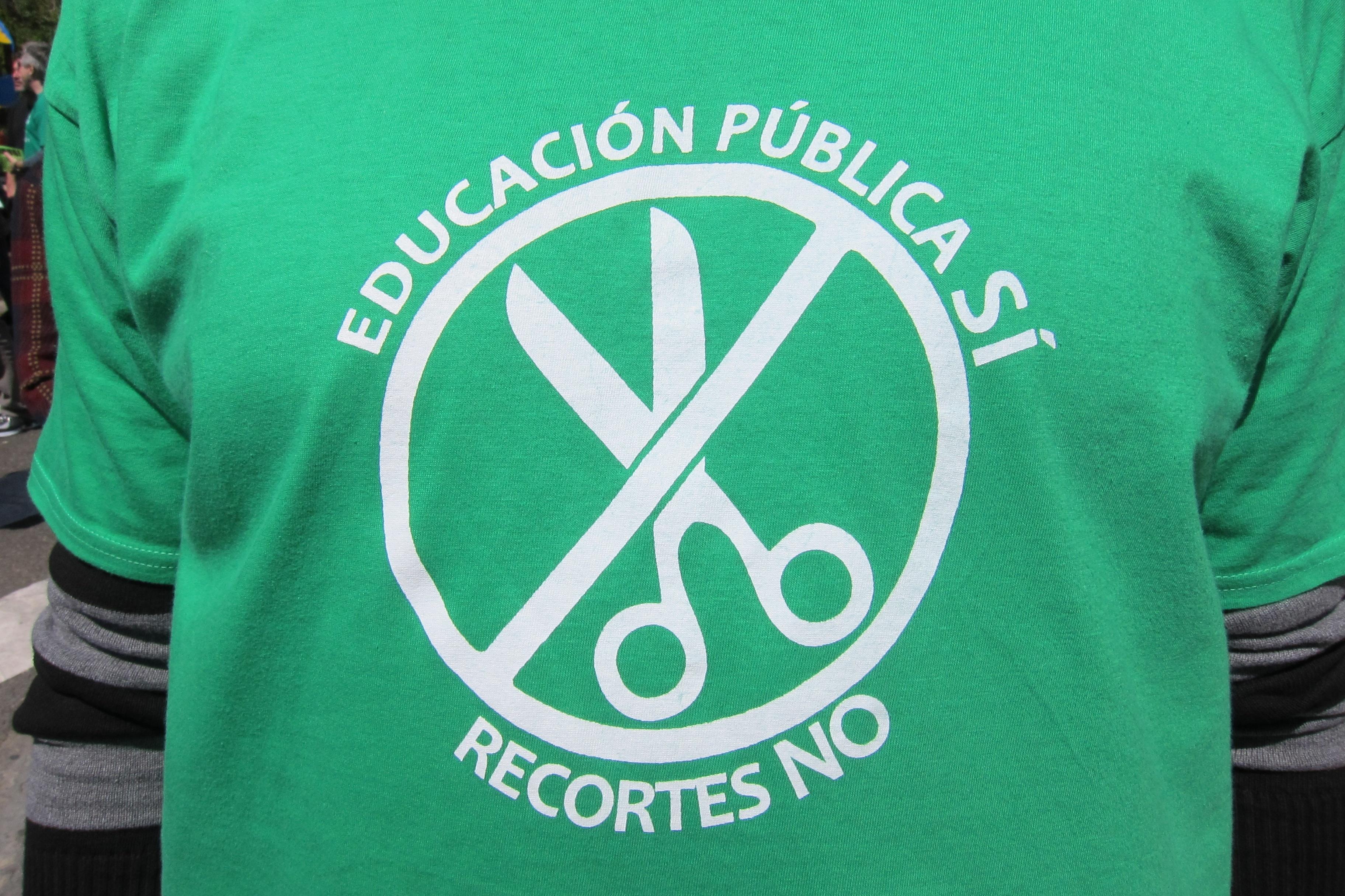 Marea Verde anima a la comunidad educativa a realizar una cacerolada en la plaza de España