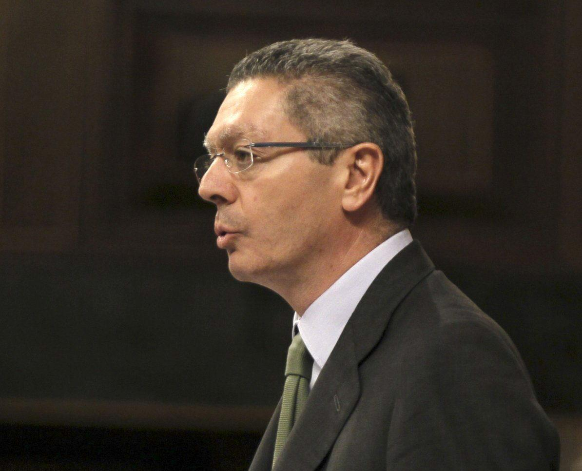 Ruiz-Gallardón rechaza la propuesta del PSOE para descentralizar la Justicia