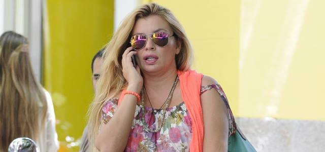 Esther Cañadas reaparece y deja atrás a la top model que fue en los 90
