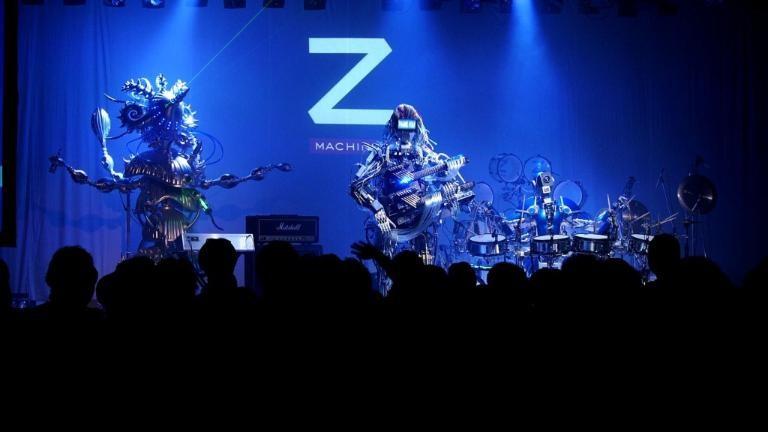 Z-Machines, una banda de robots, deleita en su concierto de debut en Tokio