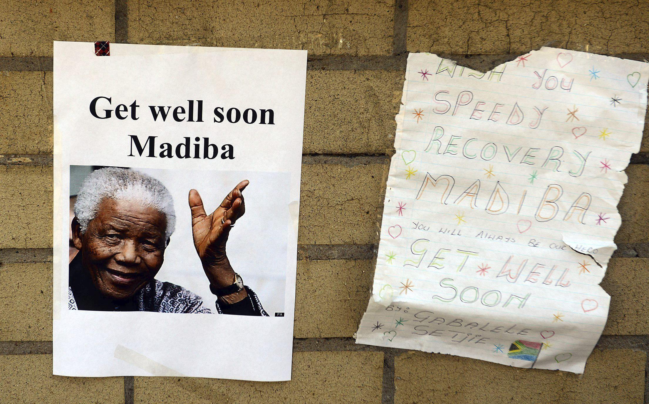 El clan Mandela se reúne para abordar el estado crítico del expresidente