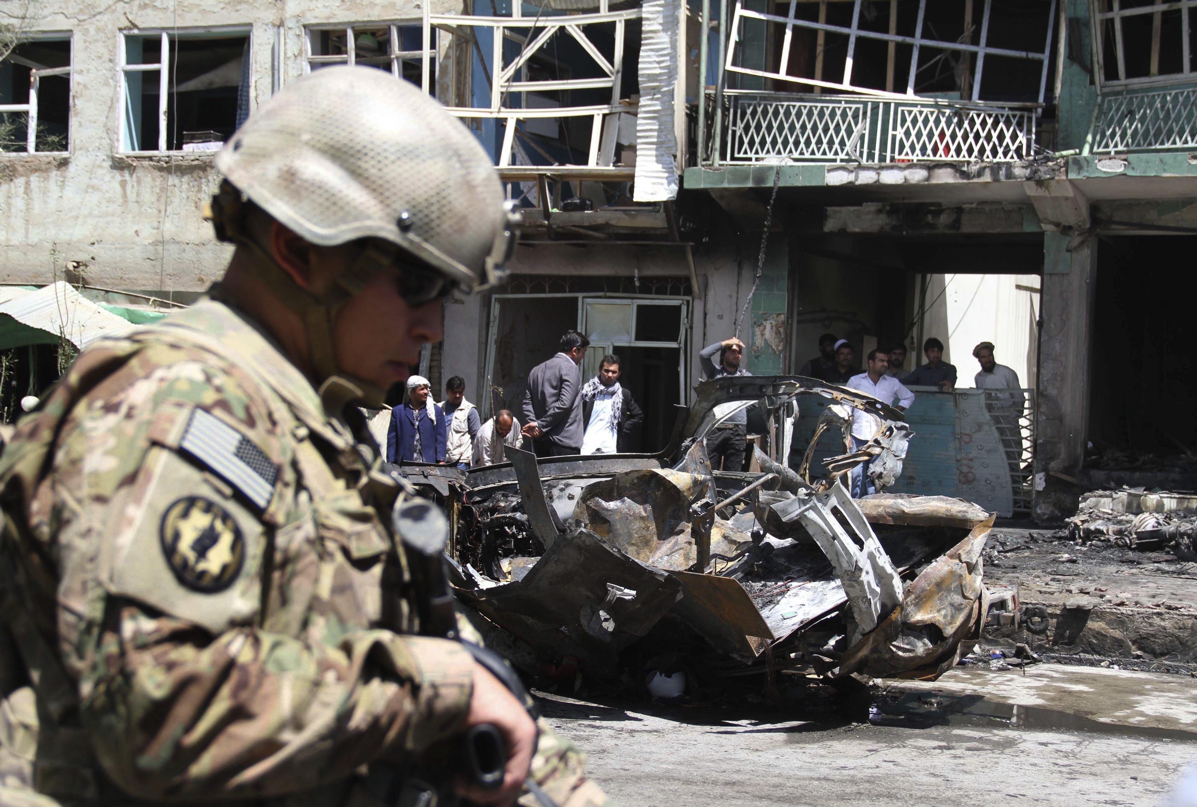Una bomba mata a ocho mujeres y un niño de la misma familia en Afganistán