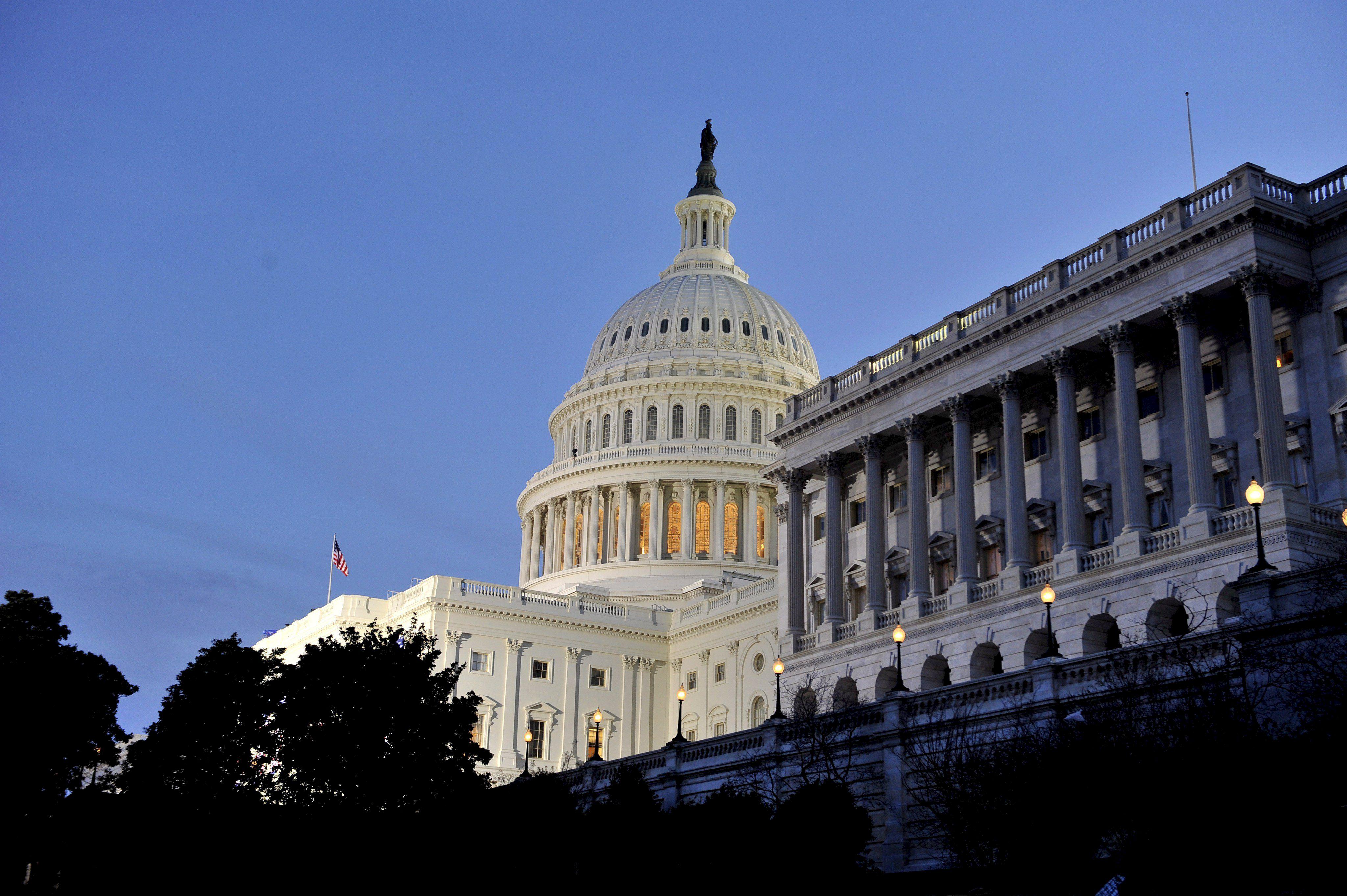 El Senado de EEUU aprueba una moción clave para agilizar el voto de la reforma migratoria