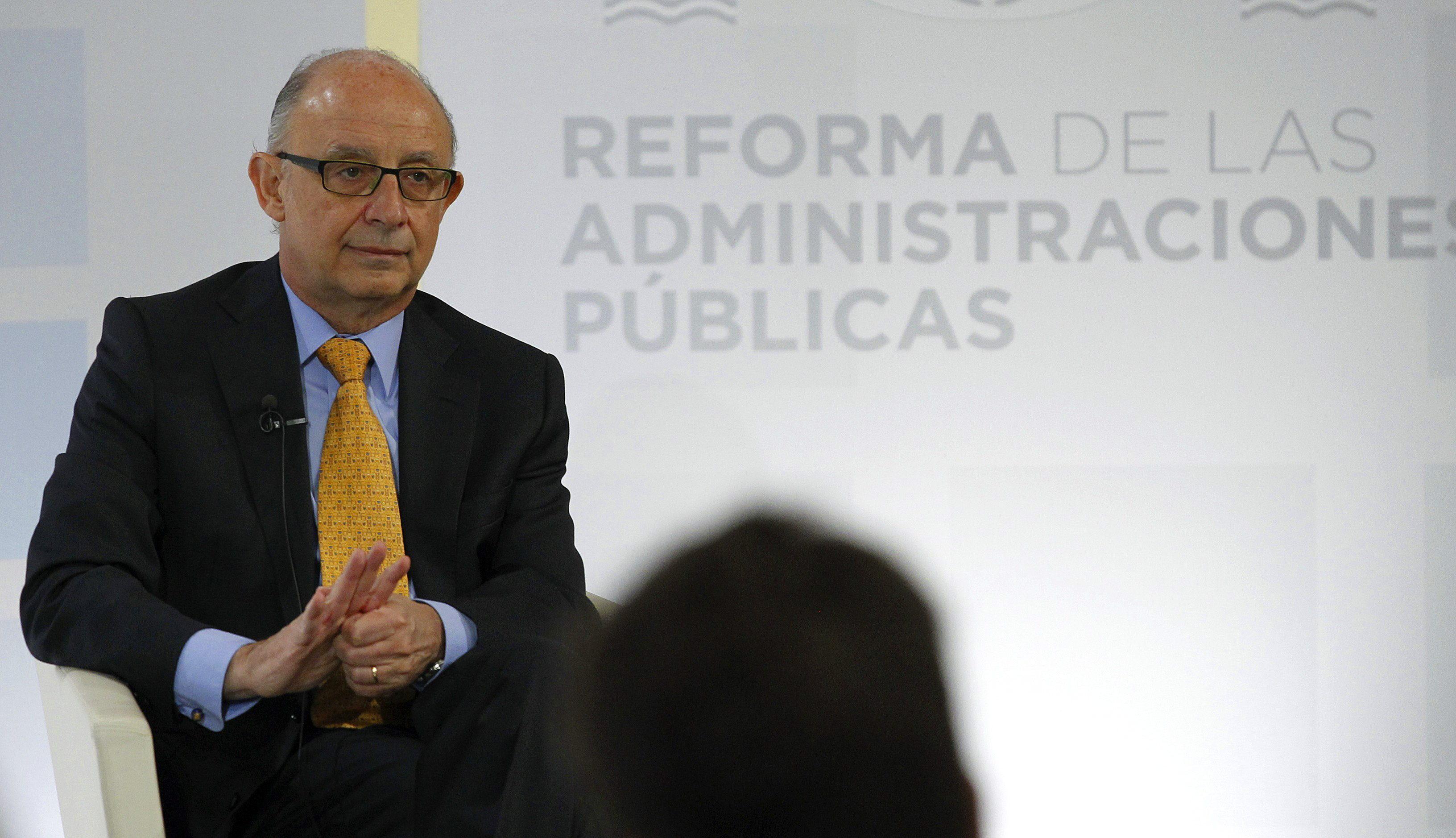 Hacienda culpa a 4 notarias de los errores con la Infanta Cristina