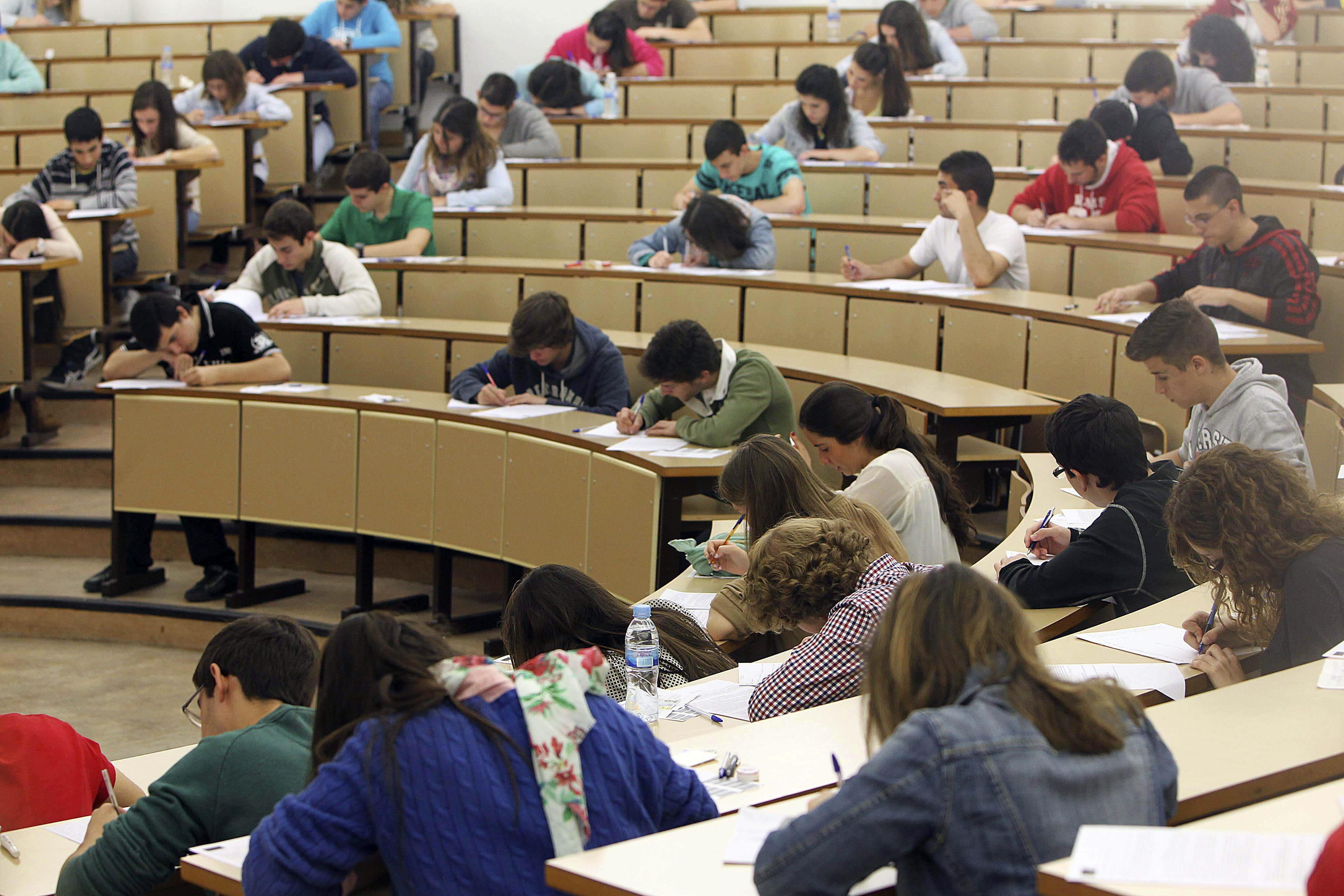 340.000 estudiantes que en 2012 hicieron la Selectividad no tuvieron 6,5