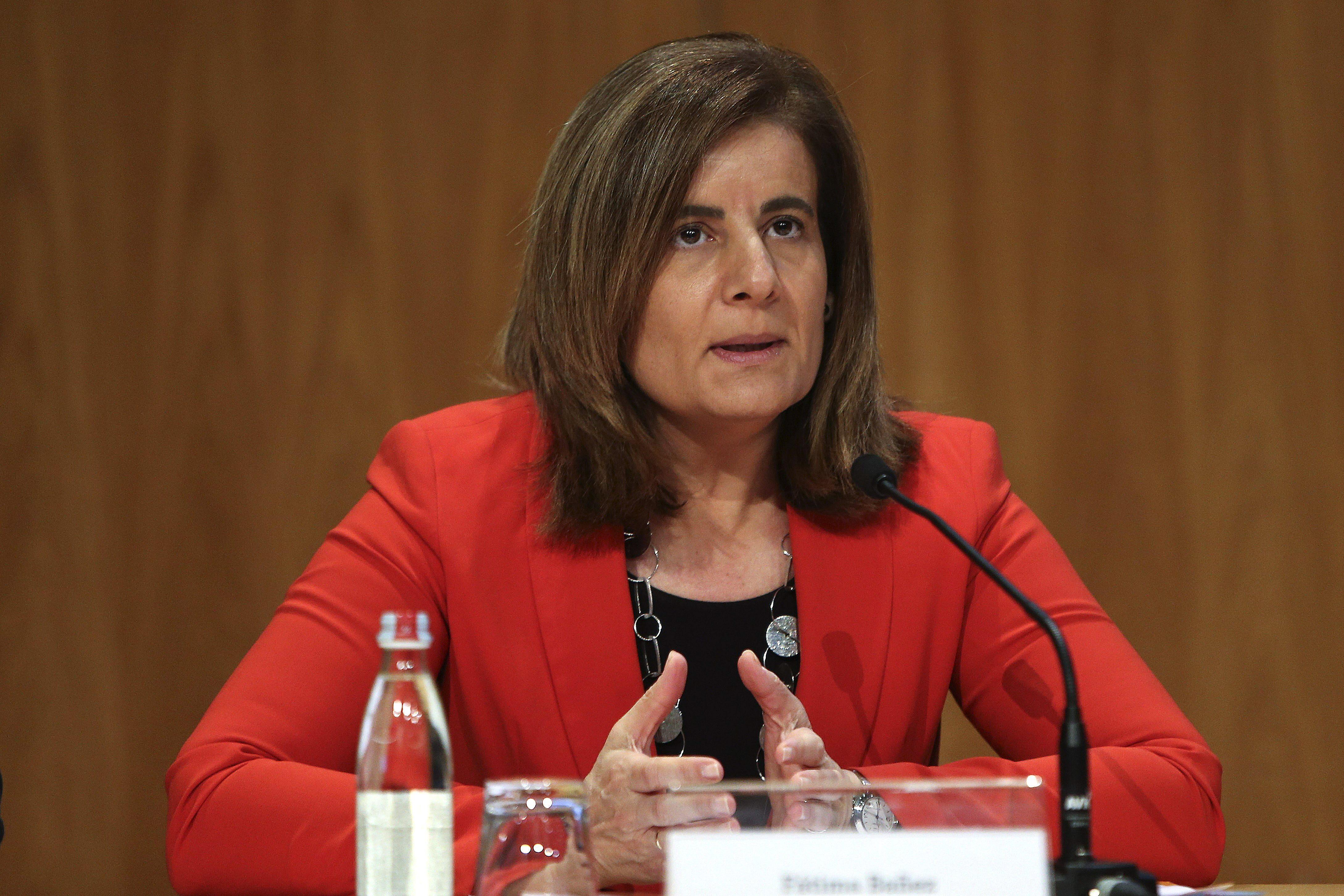 Báñez defiende la economía social como un refugio seguro en tiempos de crisis