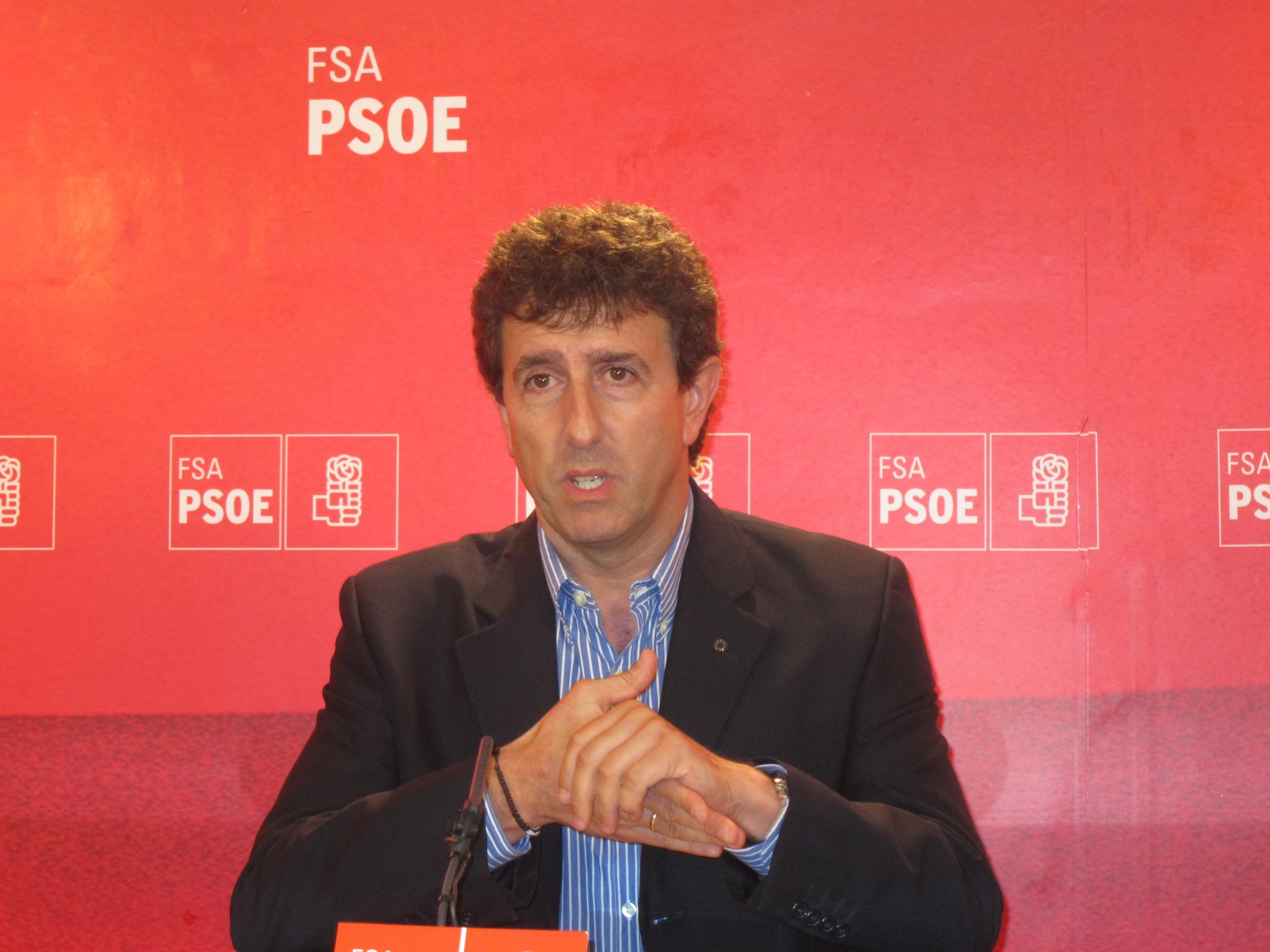 La FSA-PSOE sostiene que «confrontará» con Almunia porque la decisión de devolver las ayudas al naval «es infumable»