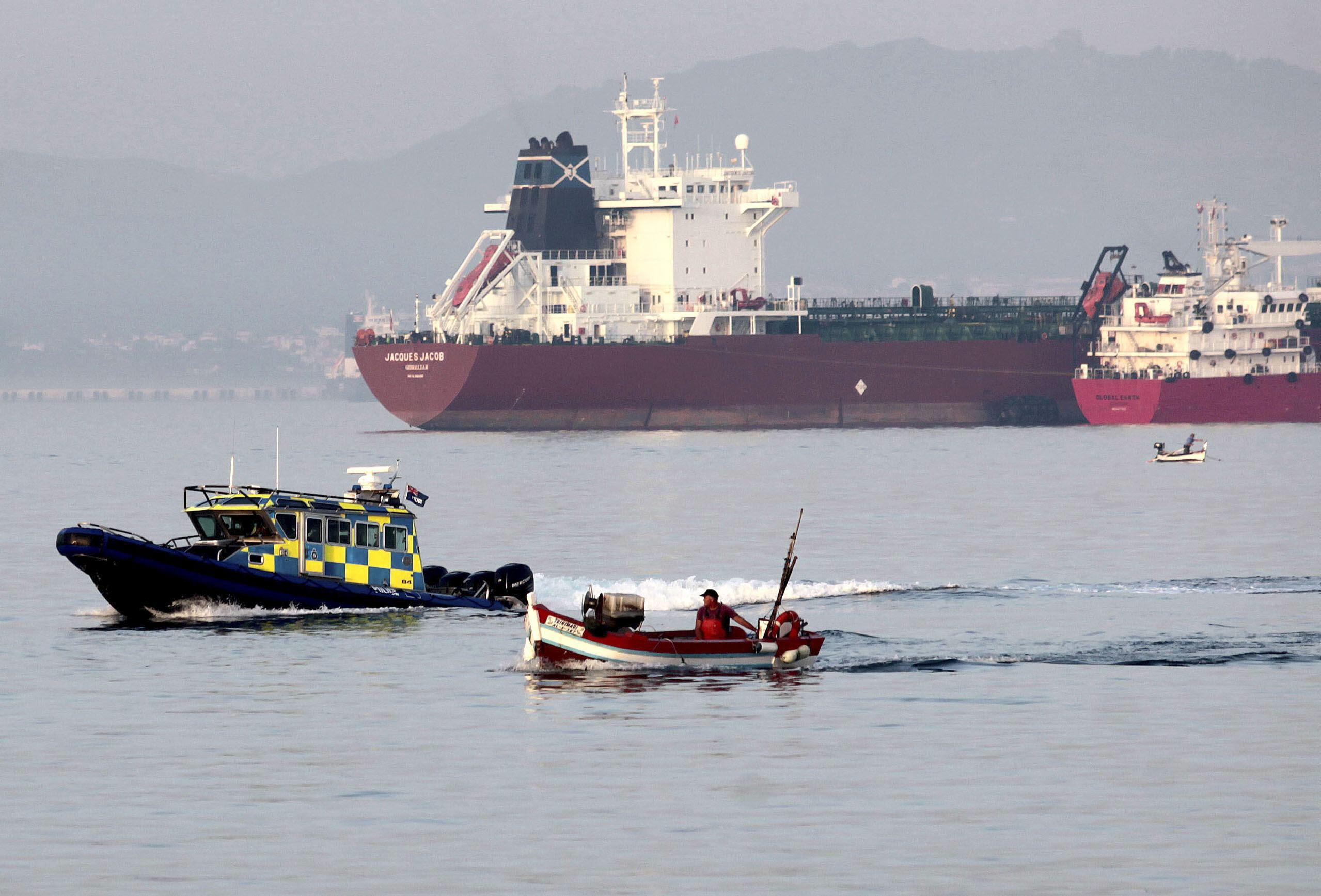 Gibraltar agradece el apoyo de Camerón tras el supuesto incidente en el Peñón