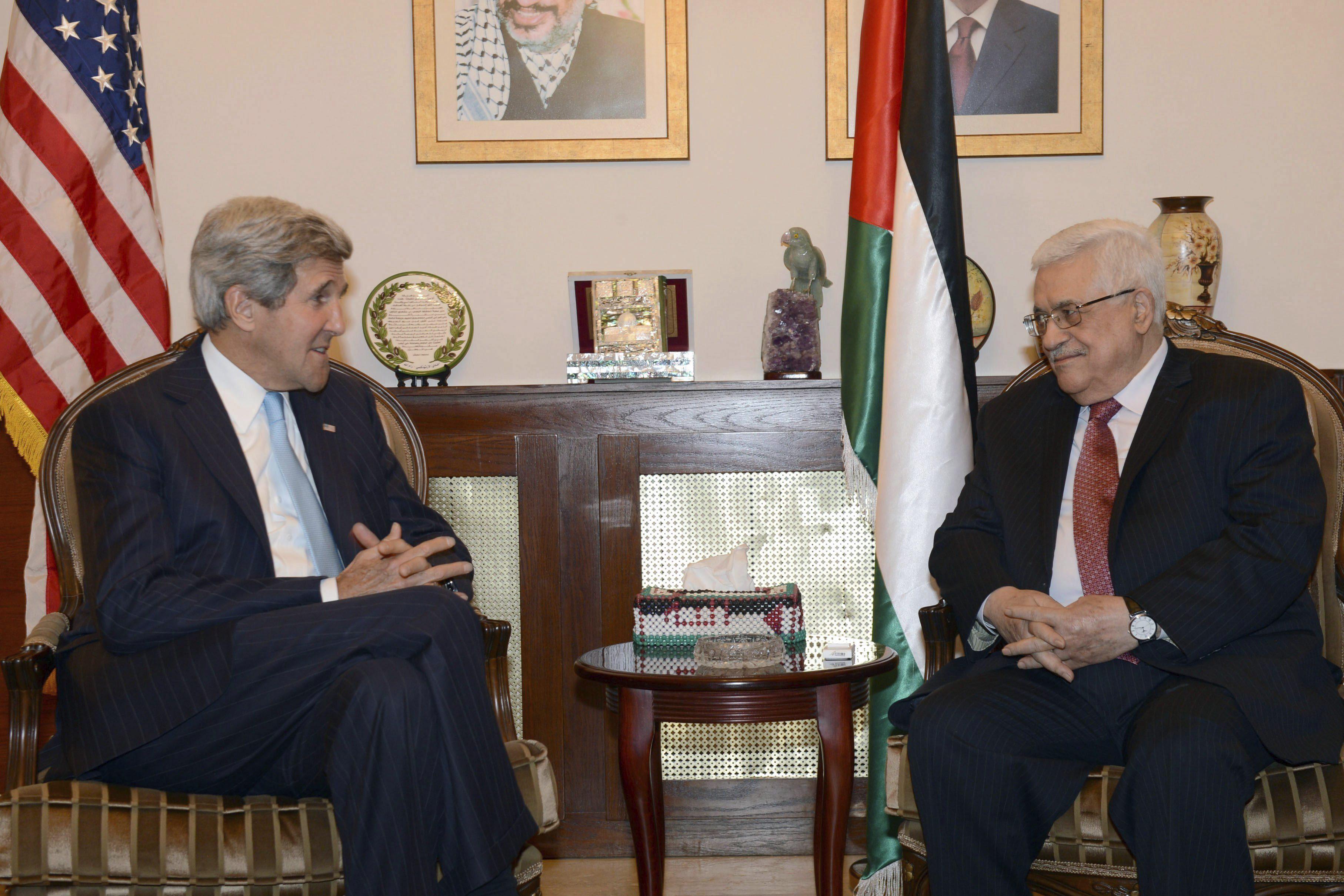Kerry se reúne de nuevo con Abás antes de regresar a Israel