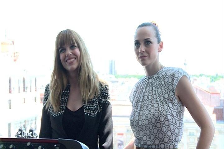 »Marlango», »Idealipsticks» y otros artistas participan en un concierto en balcones de un hotel en Madrid
