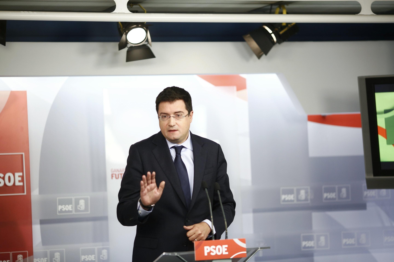 Óscar López cree que el PP «no puede gobernar» porque está «atenazado por el miedo» tras la encarcelación de Bárcenas