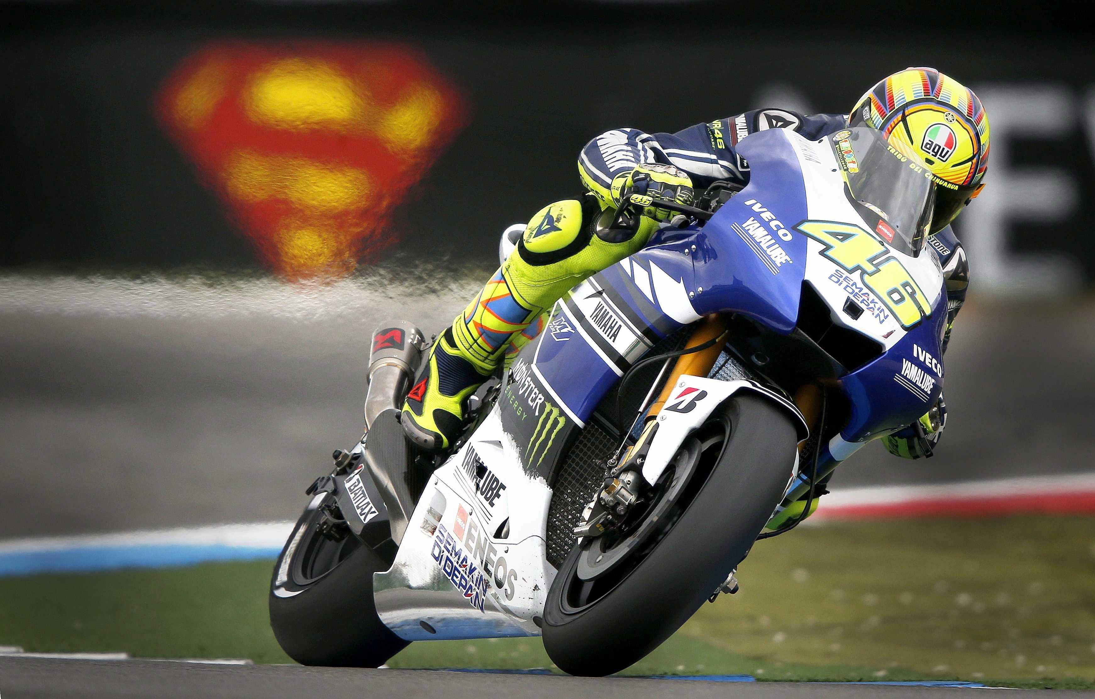 Proeza de Lorenzo y victoria de Rossi dos años después