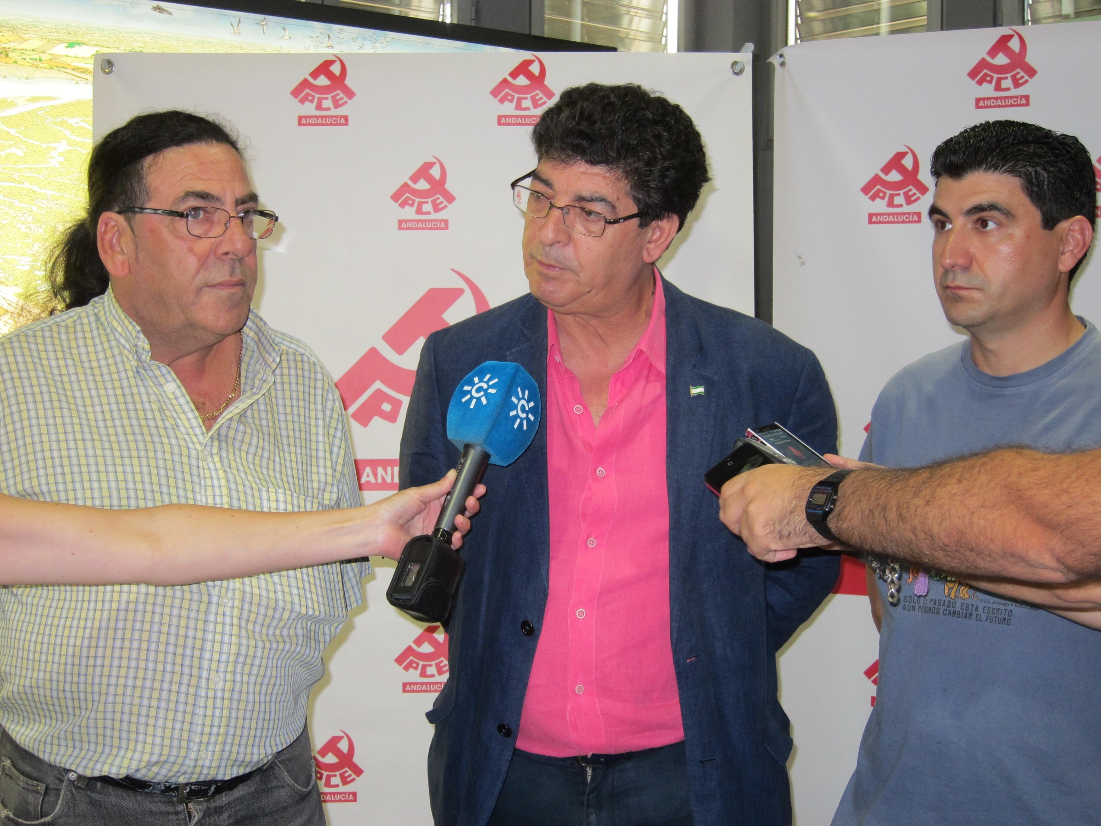 Valderas incide en que la decisión de Griñán «no tiene que interferir» en el mandato de la Junta