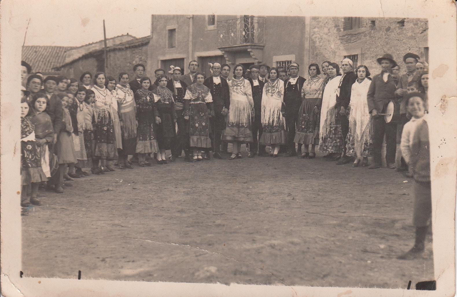 Una exposición recuerda las vivencias de generaciones pasadas en el municipio de La Redonda (Salamanca)