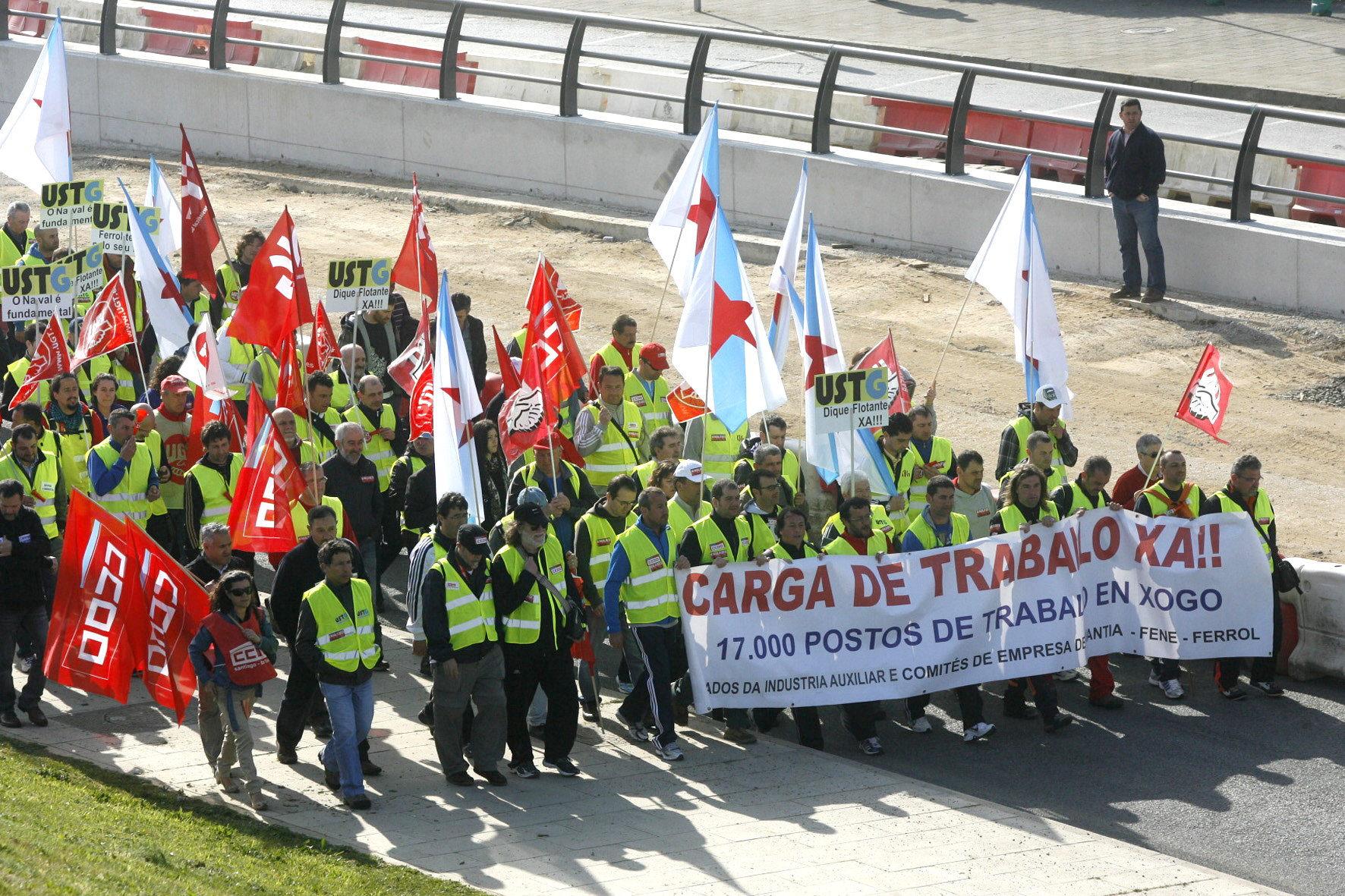 Feijóo ve «incoherente» que Bruselas apoye combatir el paro y amenace 80.000 empleos