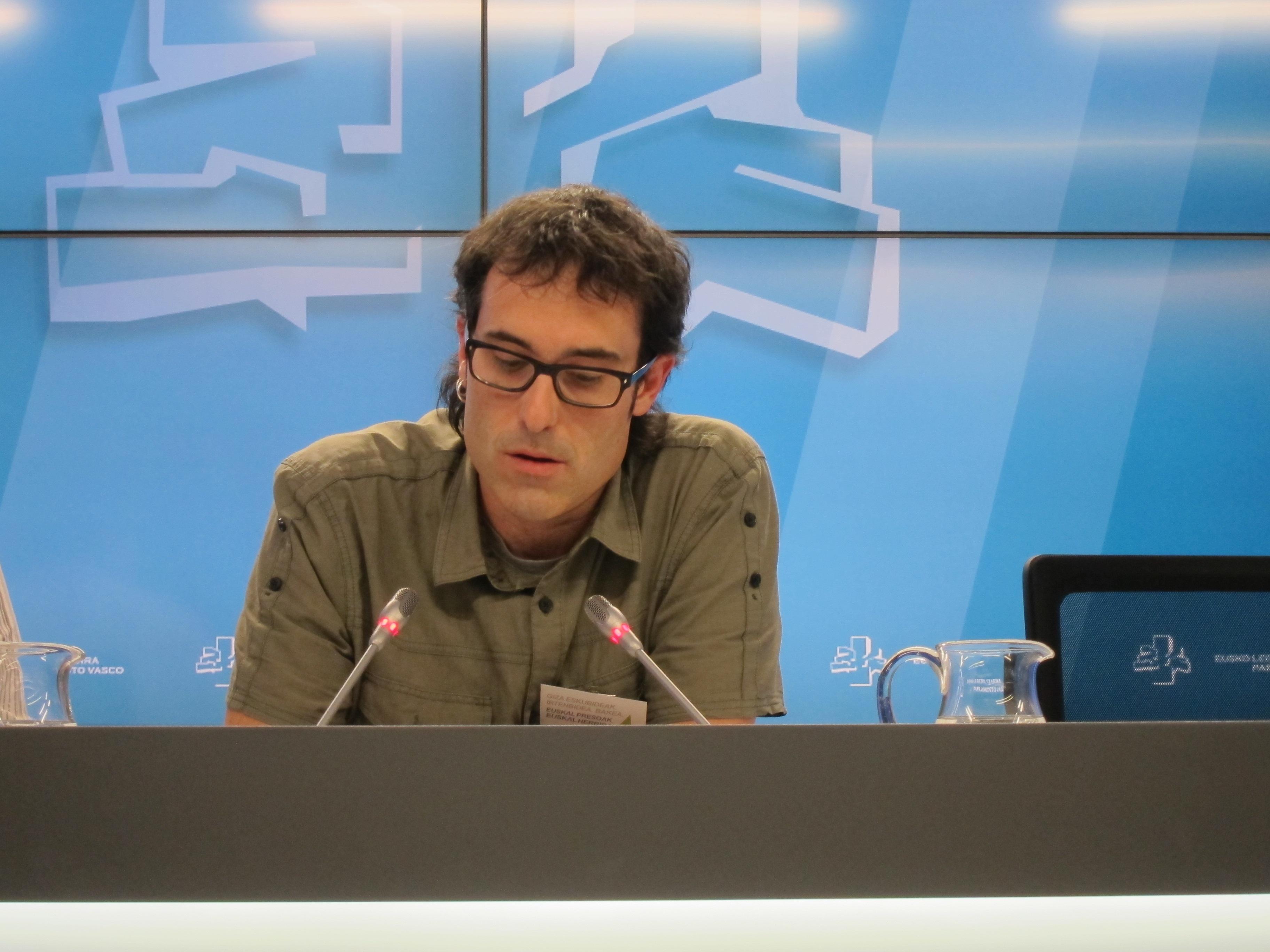 Arzuaga (EH Bildu) cree que la Ponencia de paz se encuentra en situación de «respiración asistida»
