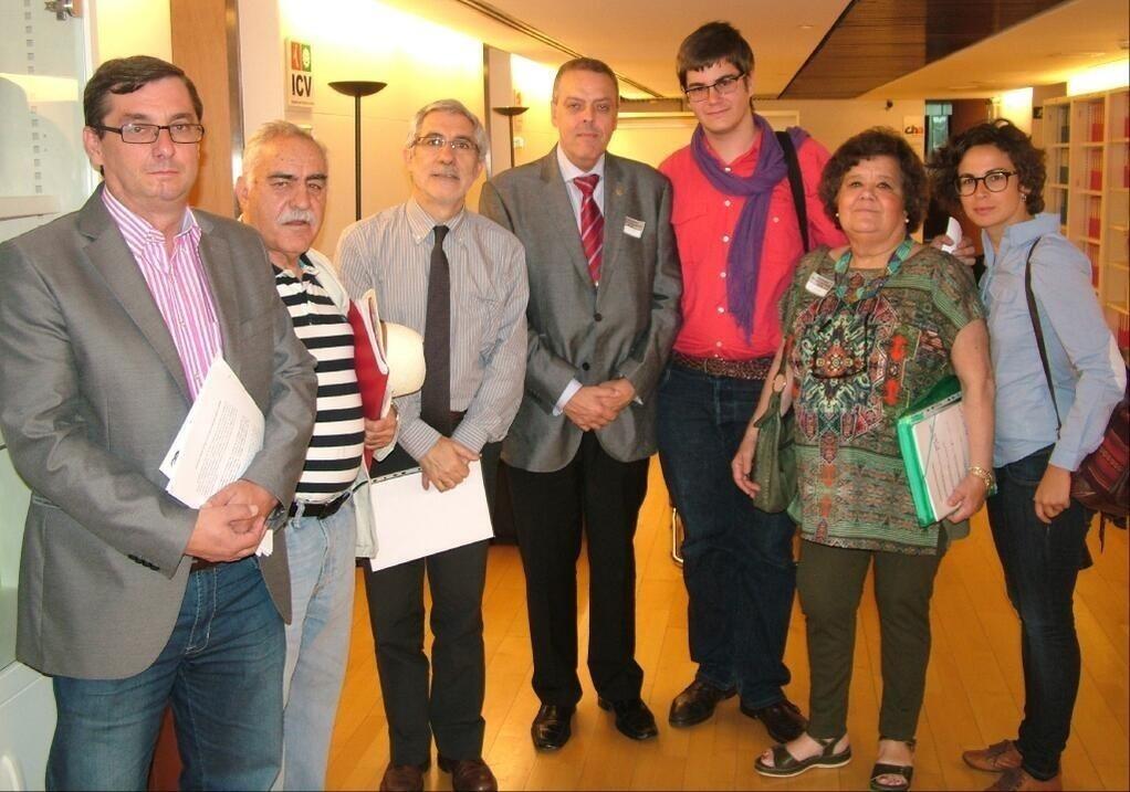 Asociaciones de Memoria Histórica piden a los grupos parlamentarios que promuevan una Comisión de Verdad del franquismo