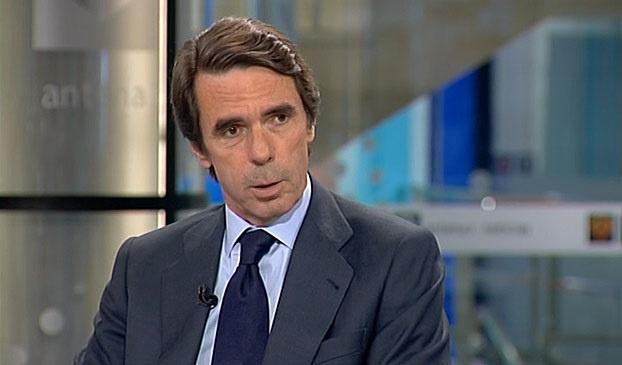 Aznar alerta de que los «desafíos secesionistas» rompen de raíz el pacto constitucional