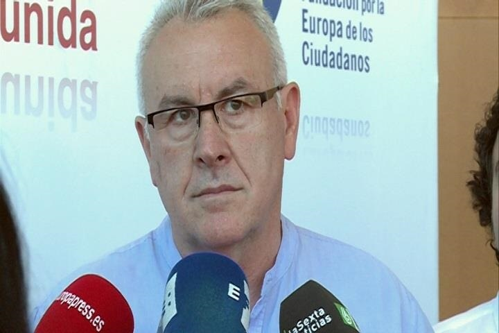 Cayo Lara afirma que «el PP es una fábrica de crear independentismo en Cataluña» por sus acciones «retrógradas»