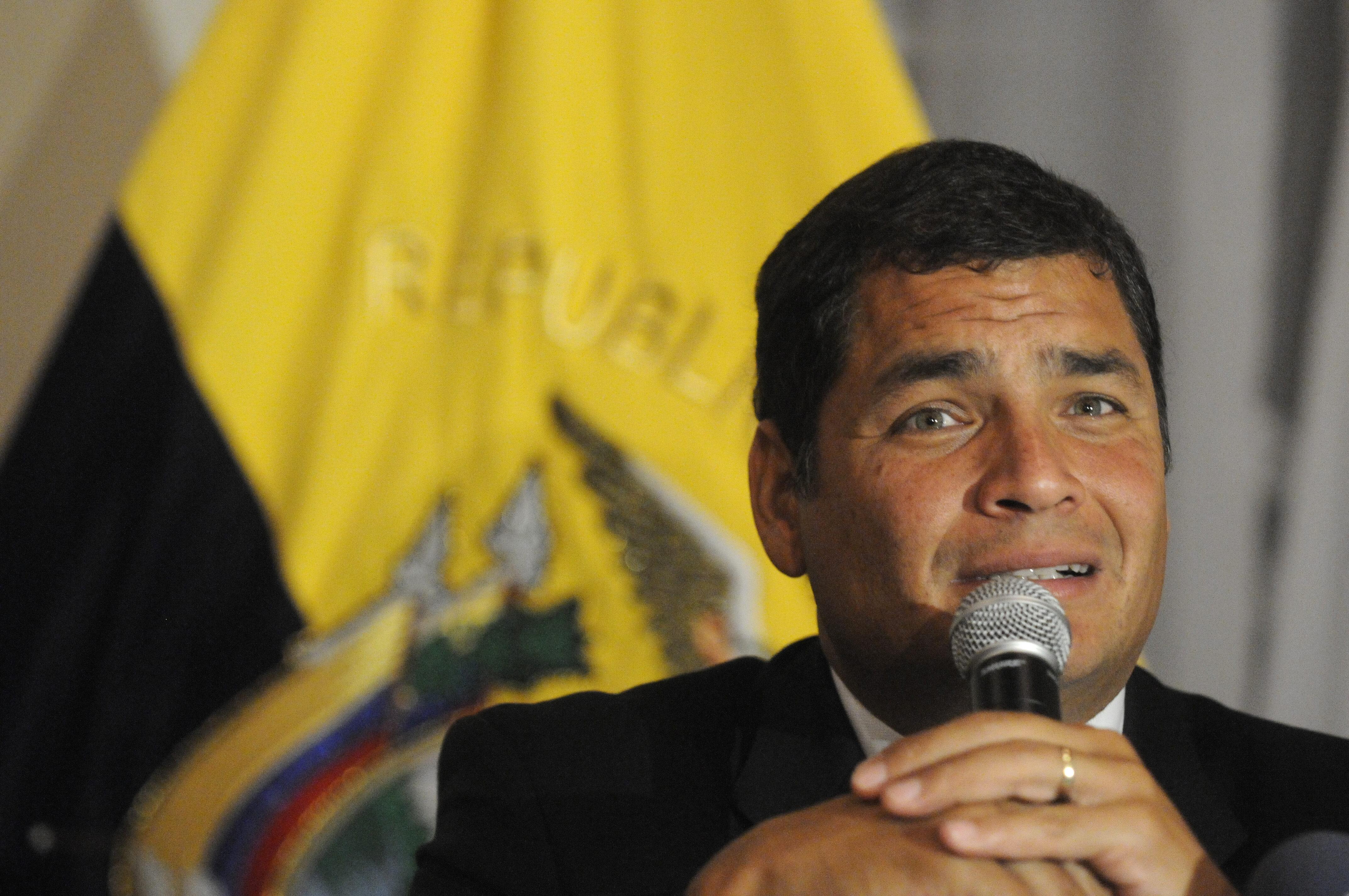 Correa afirma que el destino de Snowden «está en manos de Rusia»