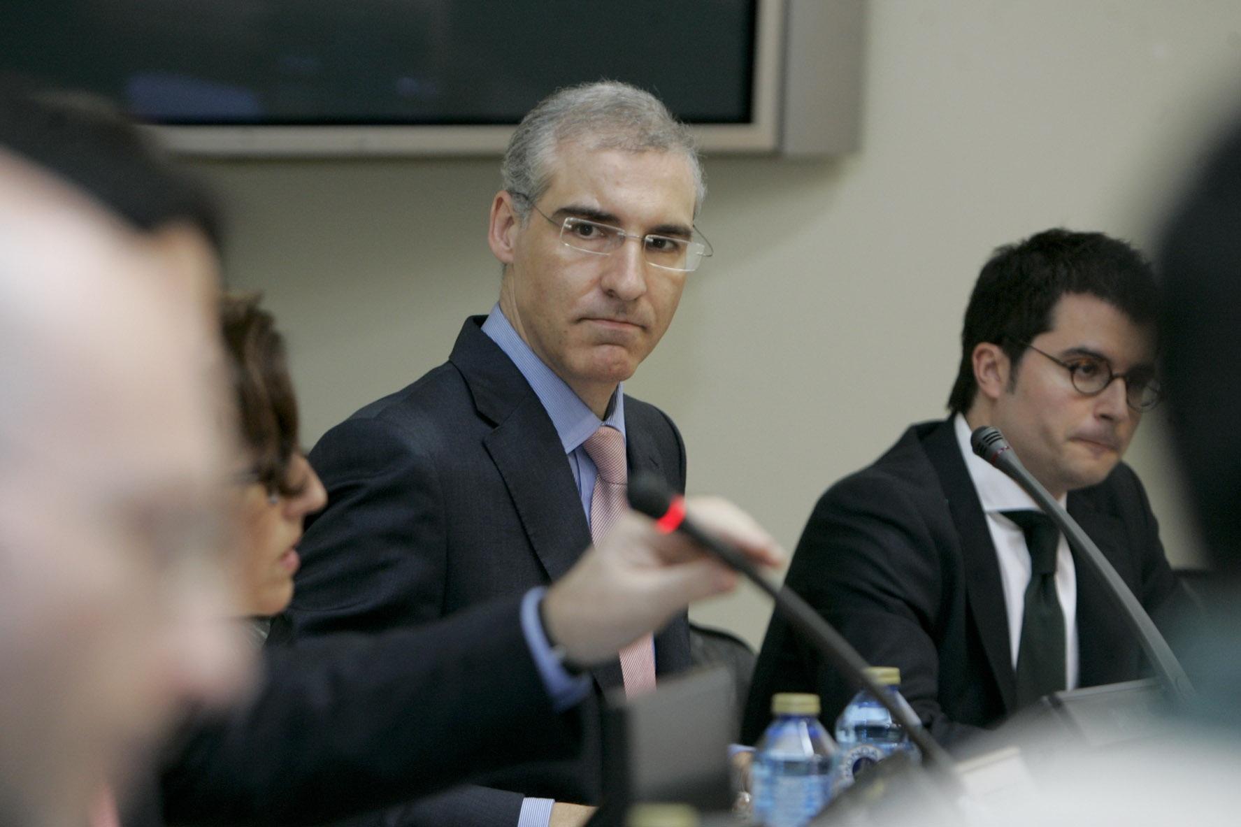 Industria pide a Almunia que «por responsabilidad» varíe su postura porque devolver el tax lease es «desproporcionado»