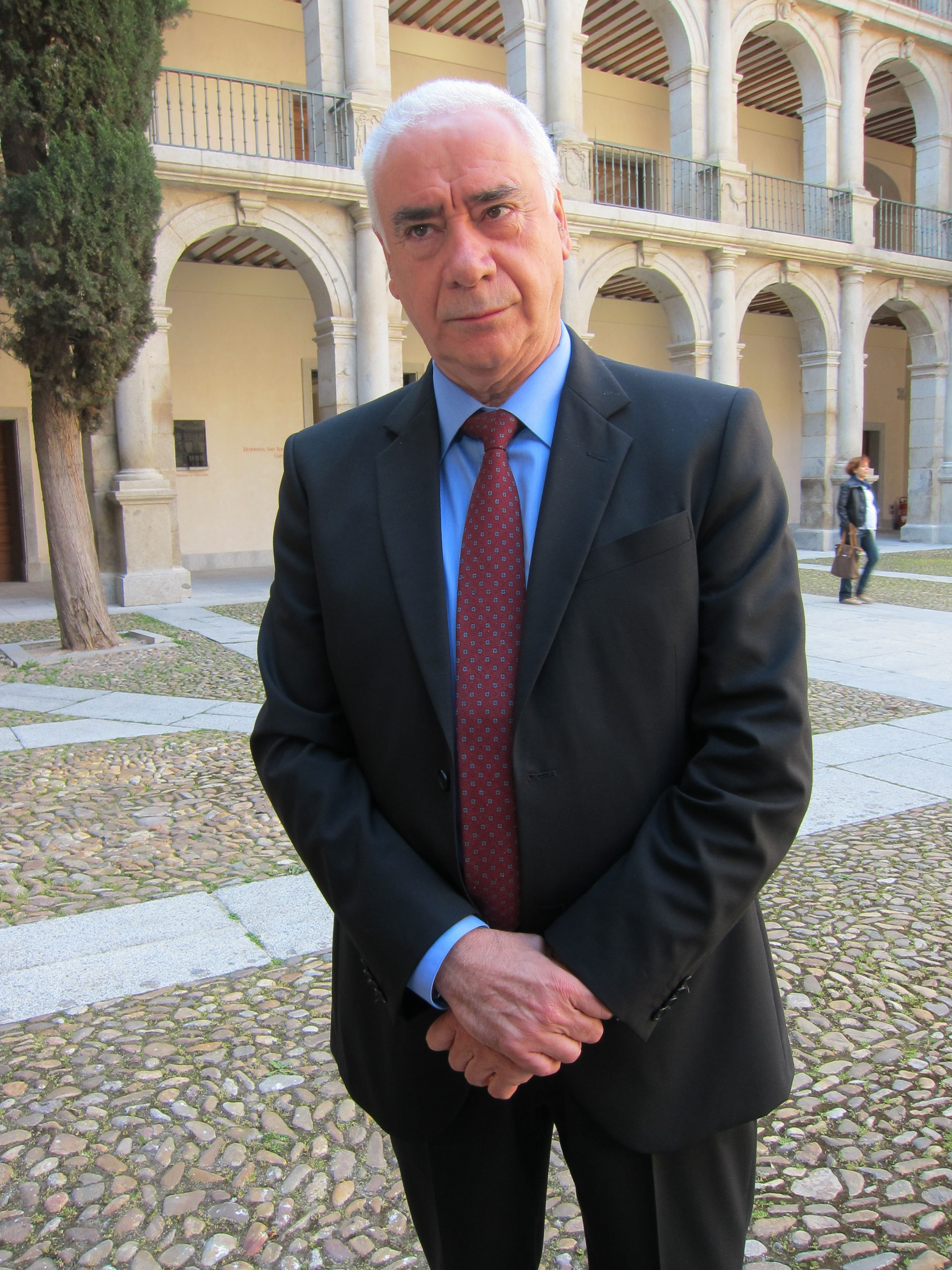 Luciano Alonso expresa su apoyo a Susana Díaz si opta a las primarias, destacando su «capacidad de diálogo y acuerdo»