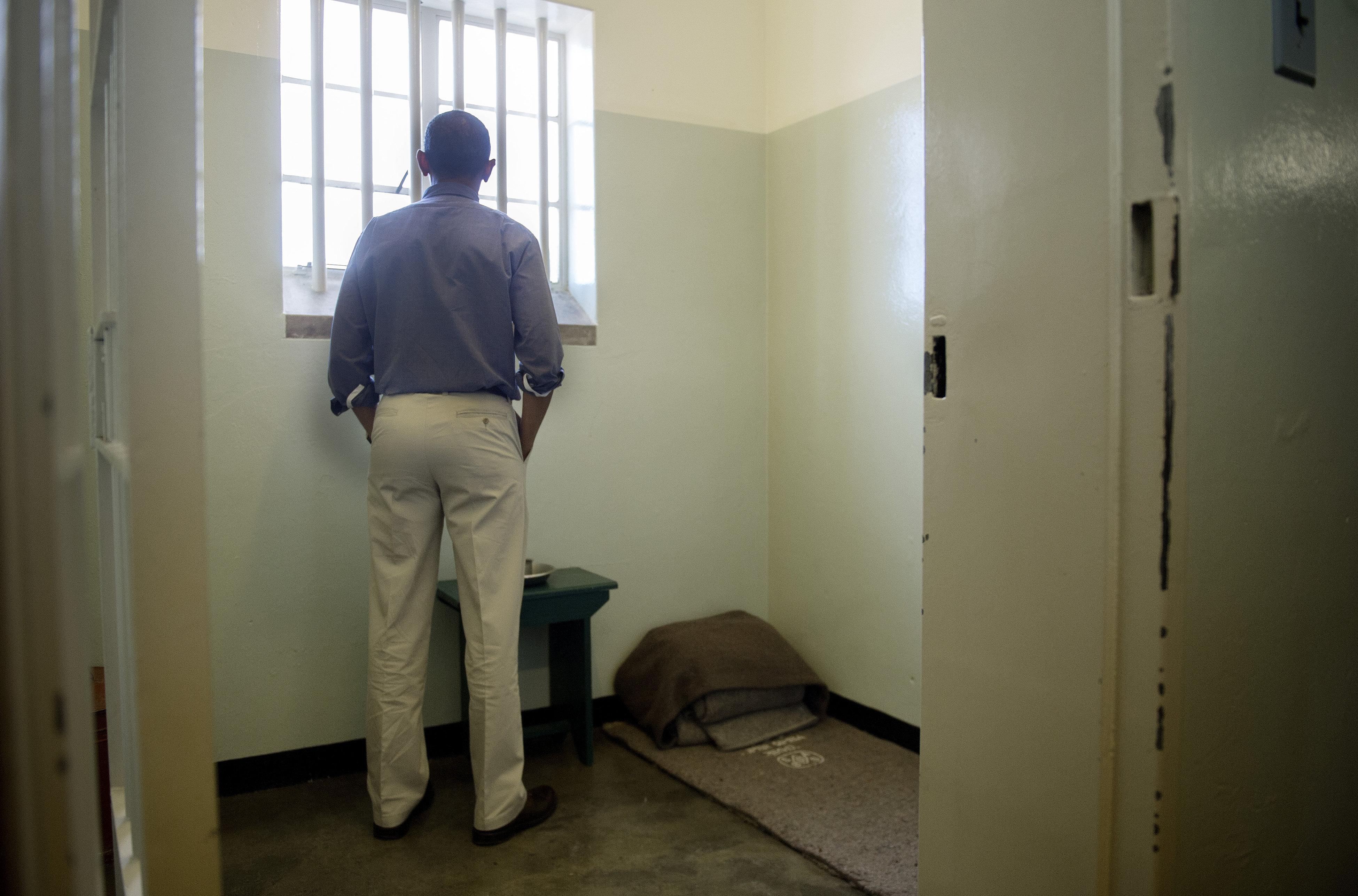 Obama visita Robben Island, la isla-prisión donde estuvo encerrado Mandela