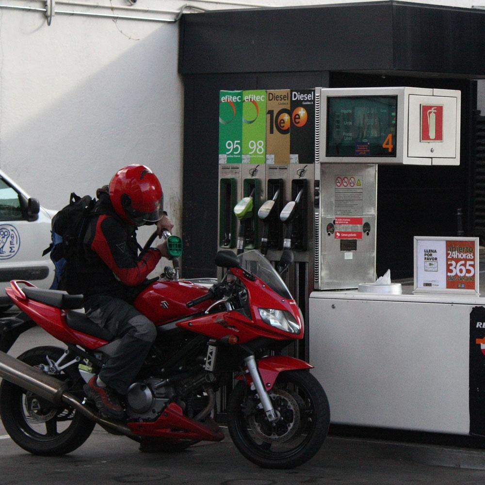 La Policía Local de Bilbao inicia el lunes una campaña de control sobre motocicletas y ciclomotores