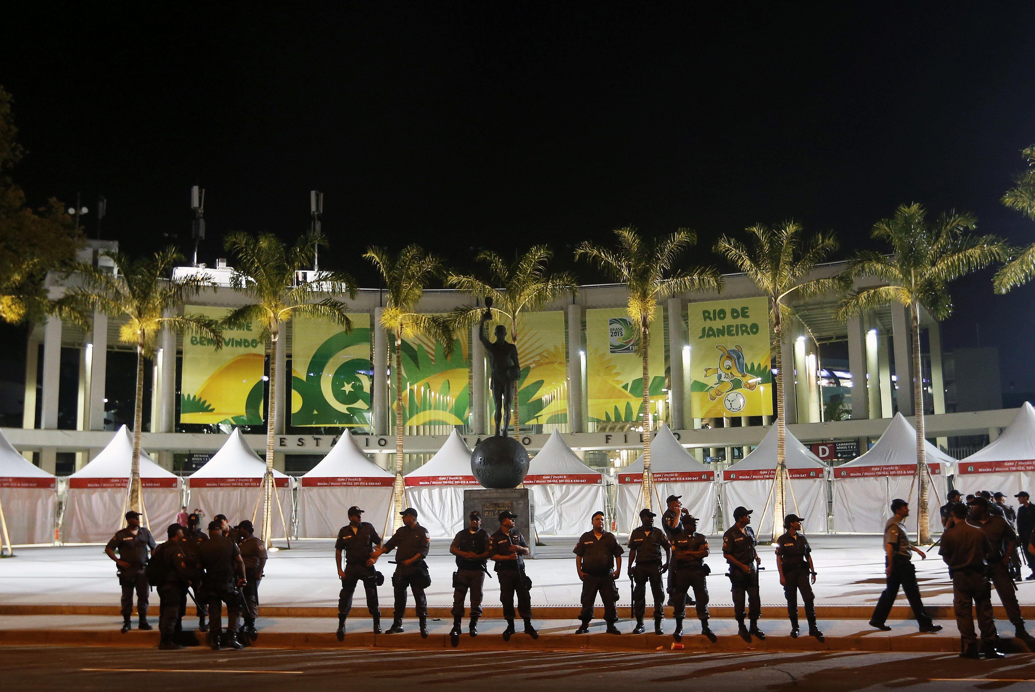 Manifestantes ocupan la futura sede de la Confederación Brasileña de Fútbol