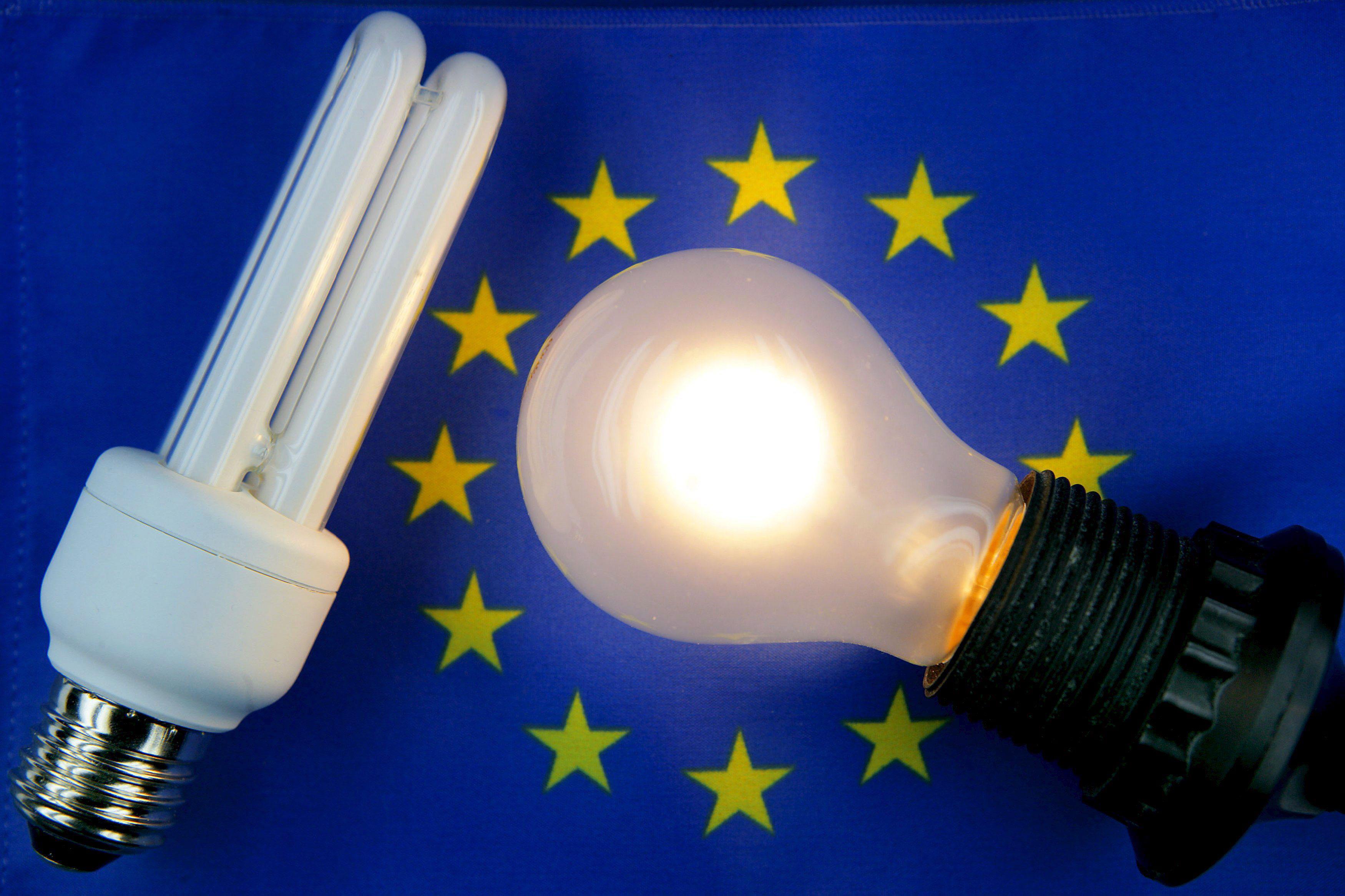 La tarifa eléctrica sube mañana un 1,2 por ciento para la mayoría de los hogares