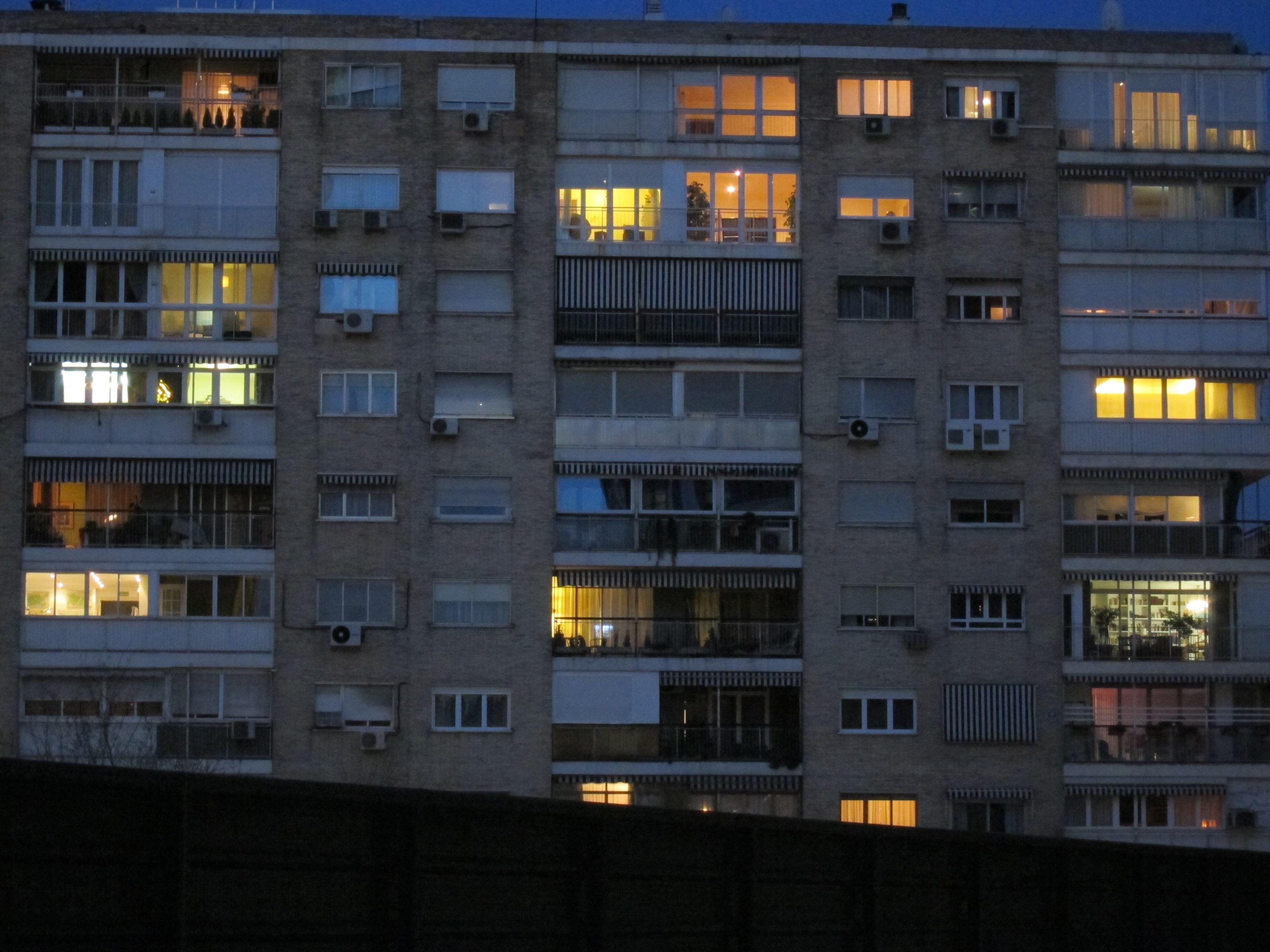 La luz sube este lunes un 1,2% para cerca de 22 millones de hogares