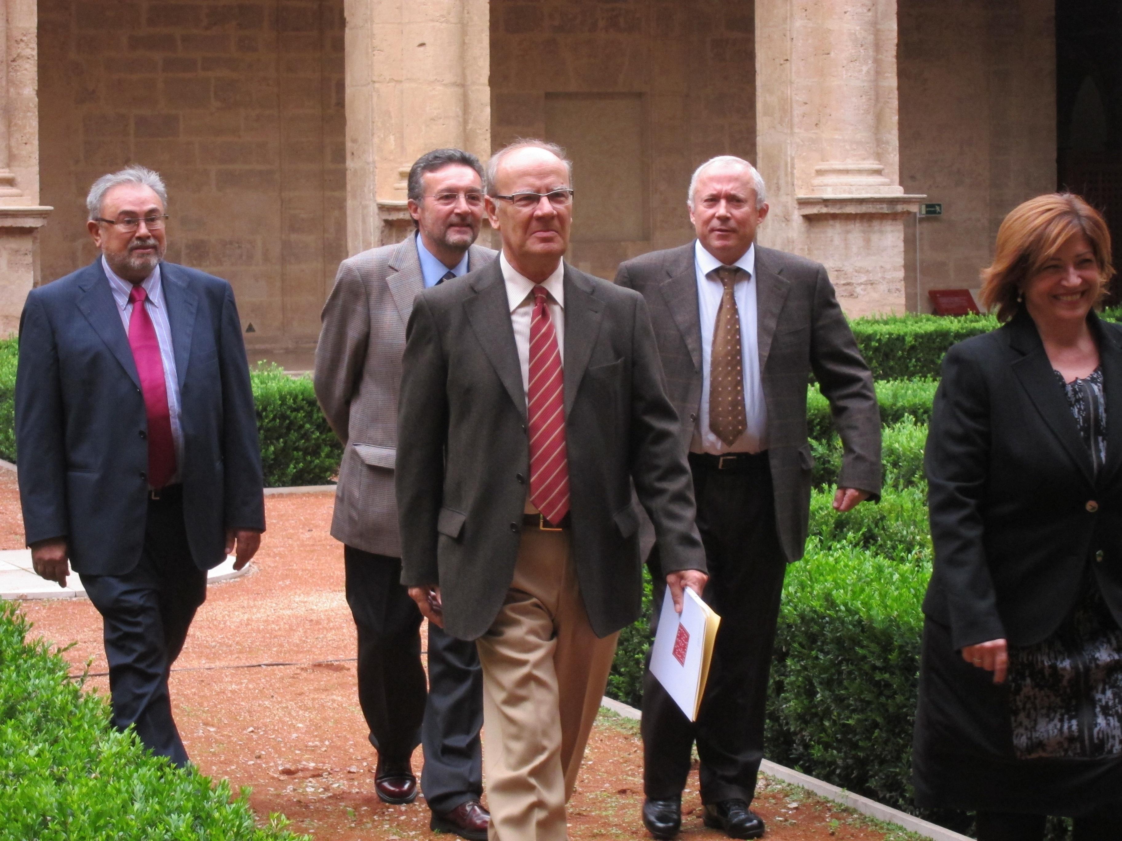 Academia valenciana de la lengua dice que PP vulnera el ordenamiento jurídico con su propuesta del origen del valenciano