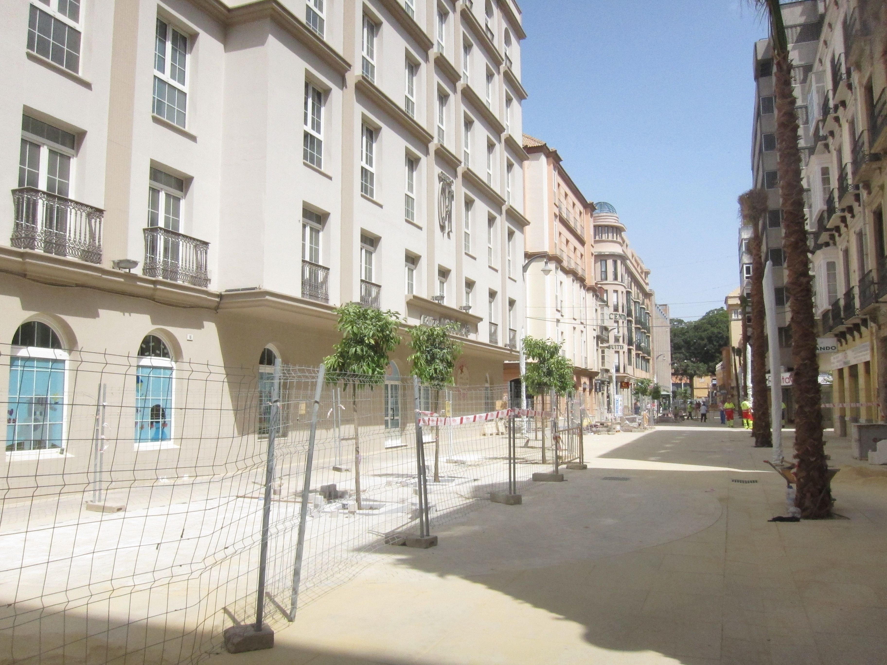 Ayuntamiento continúa la recuperación integral del ensanche  de Heredia ampliando los espacios públicos del Soho