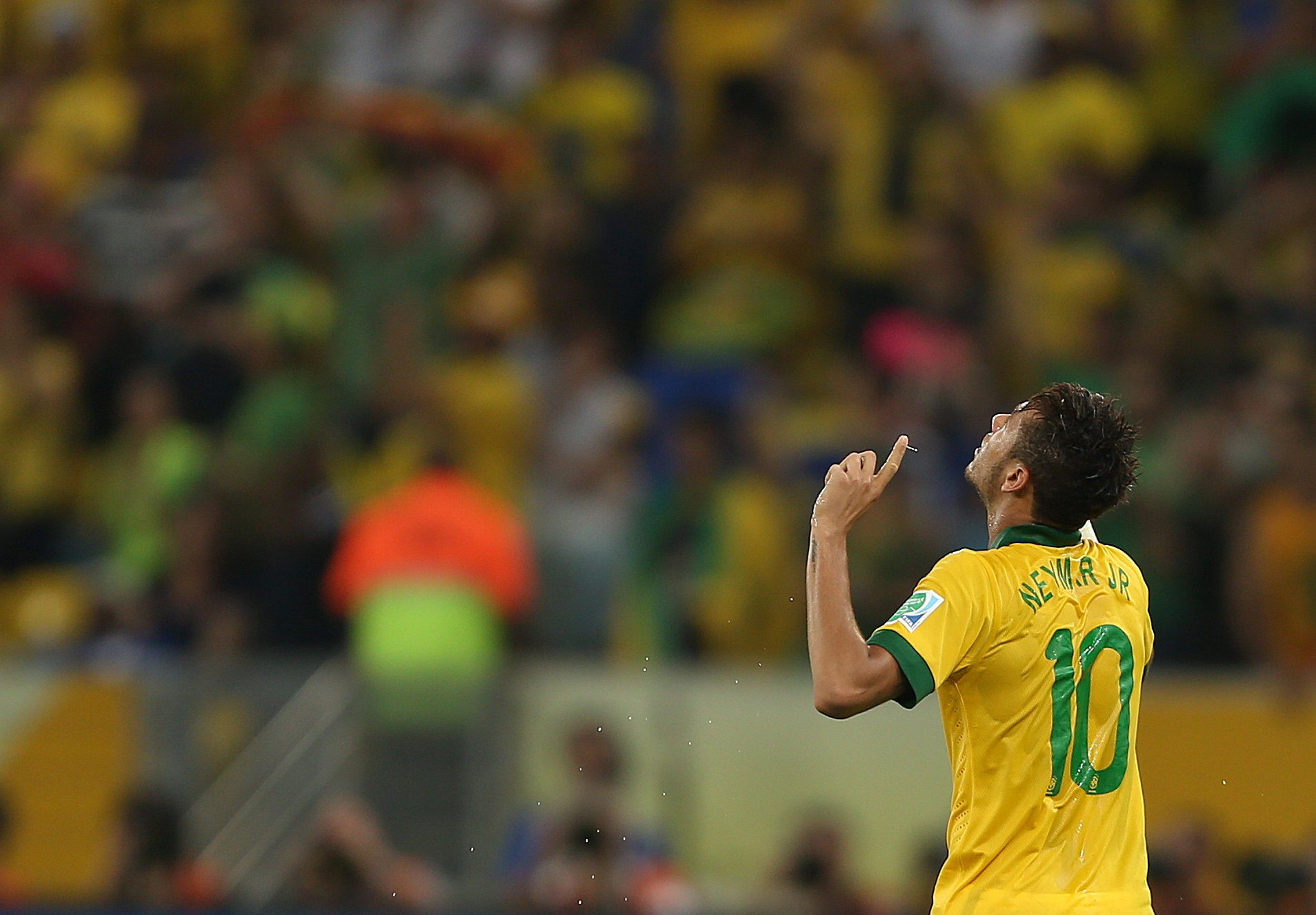 Neymar, mejor jugador de la final