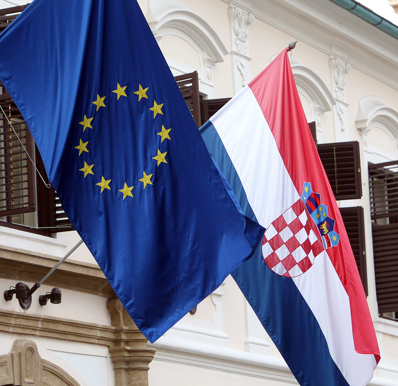 Croacia es desde hoy el miembro número 28 de la Unión Europea