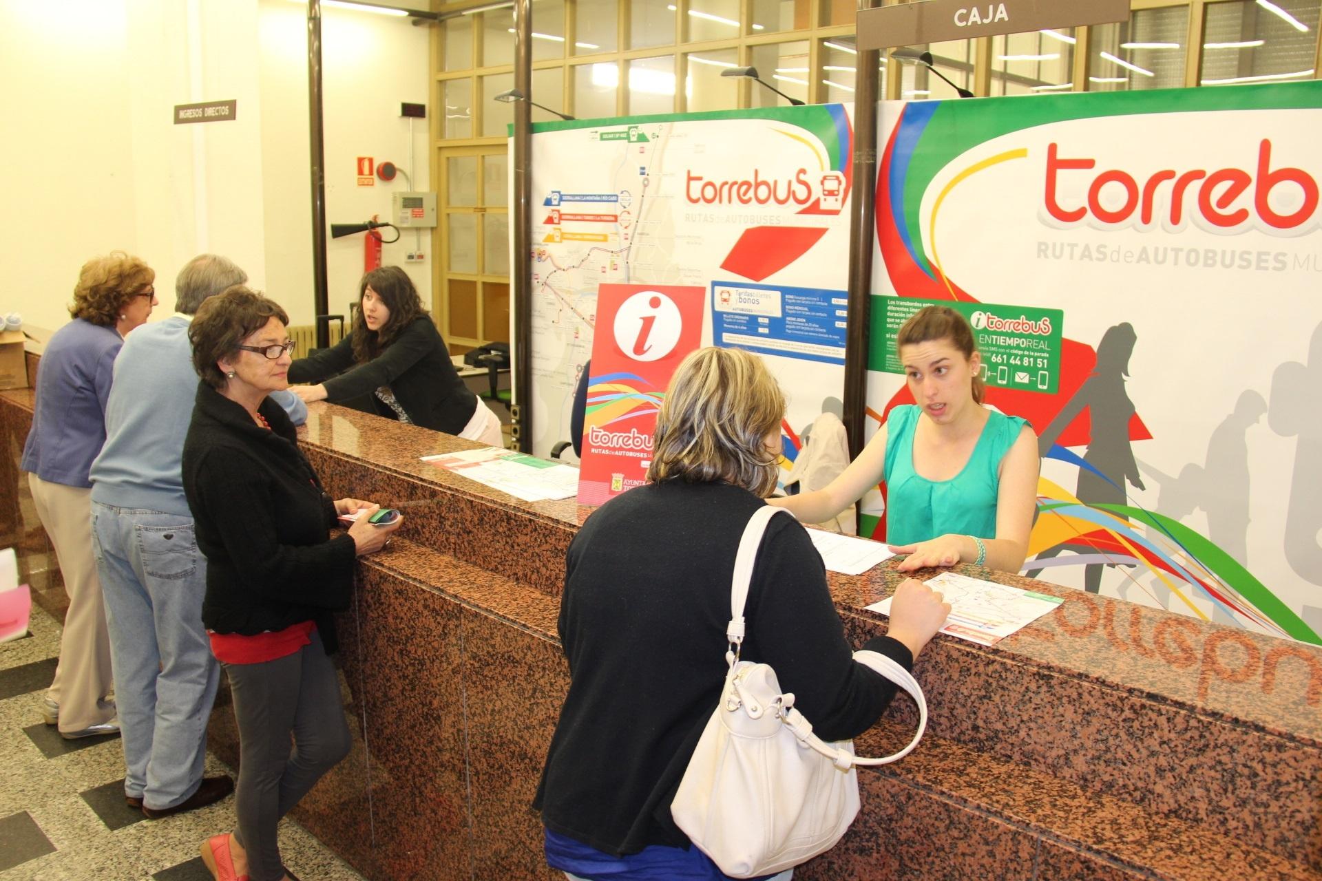 Entra en funcionamiento la oficina de información del nuevo Torrebús